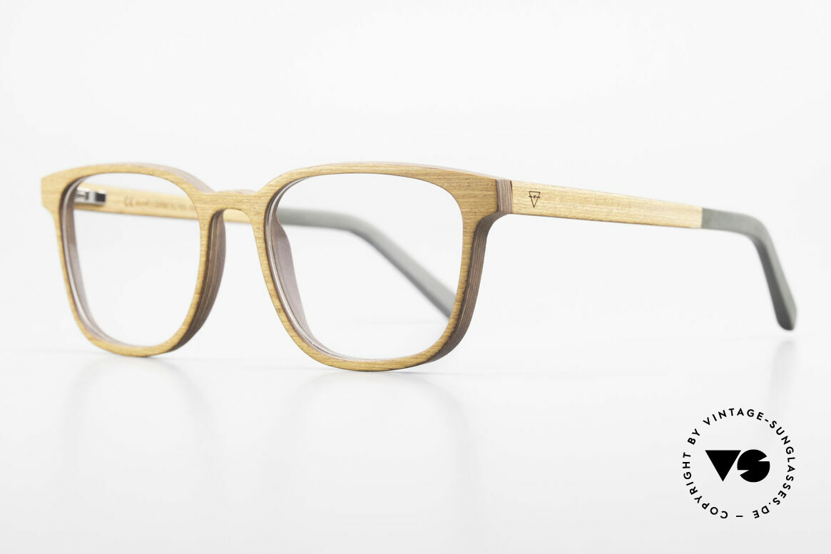 Kerbholz Ludwig Men's Wood Frame Alderwood, the wood is reddish yellow to light reddish brown, Made for Men