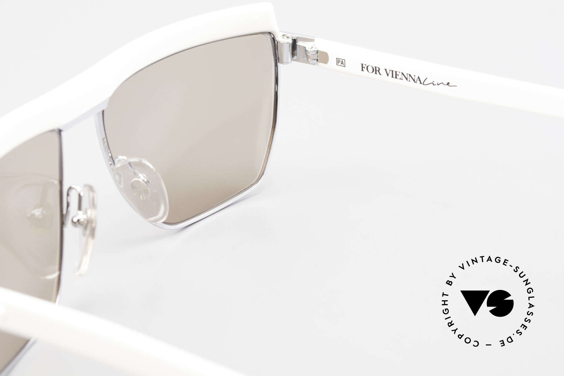 Paloma Picasso 3706 Crystal Gem Ladies Sunglasses, NO RETRO shades, but a lovely 30 years old original, Made for Women