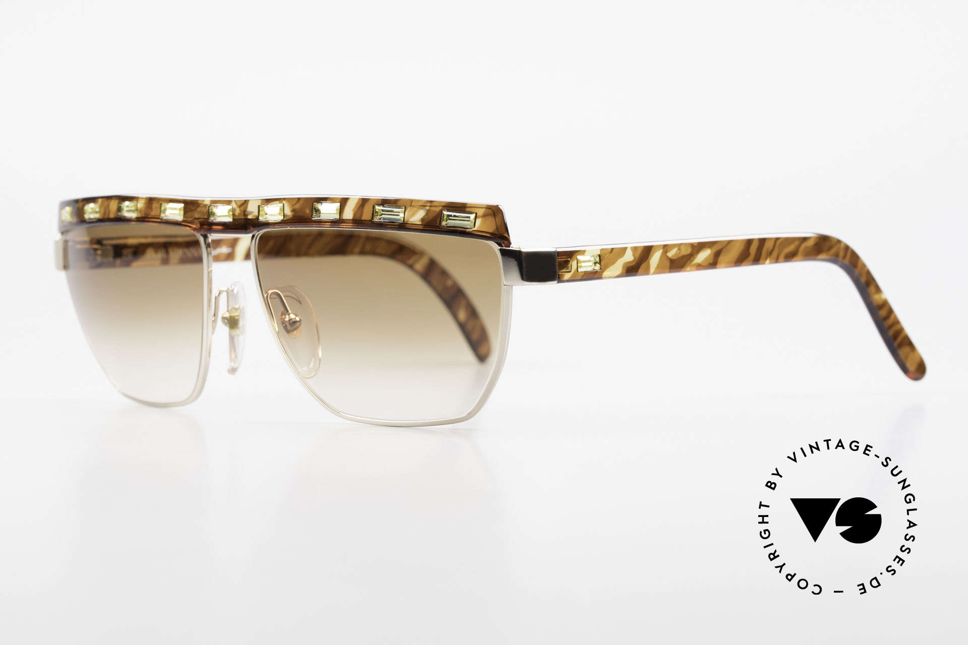 Paloma Picasso 3706 Ladies Gem Sunglasses 90's, in 1990, Paloma created these beautiful sunglasses, Made for Women