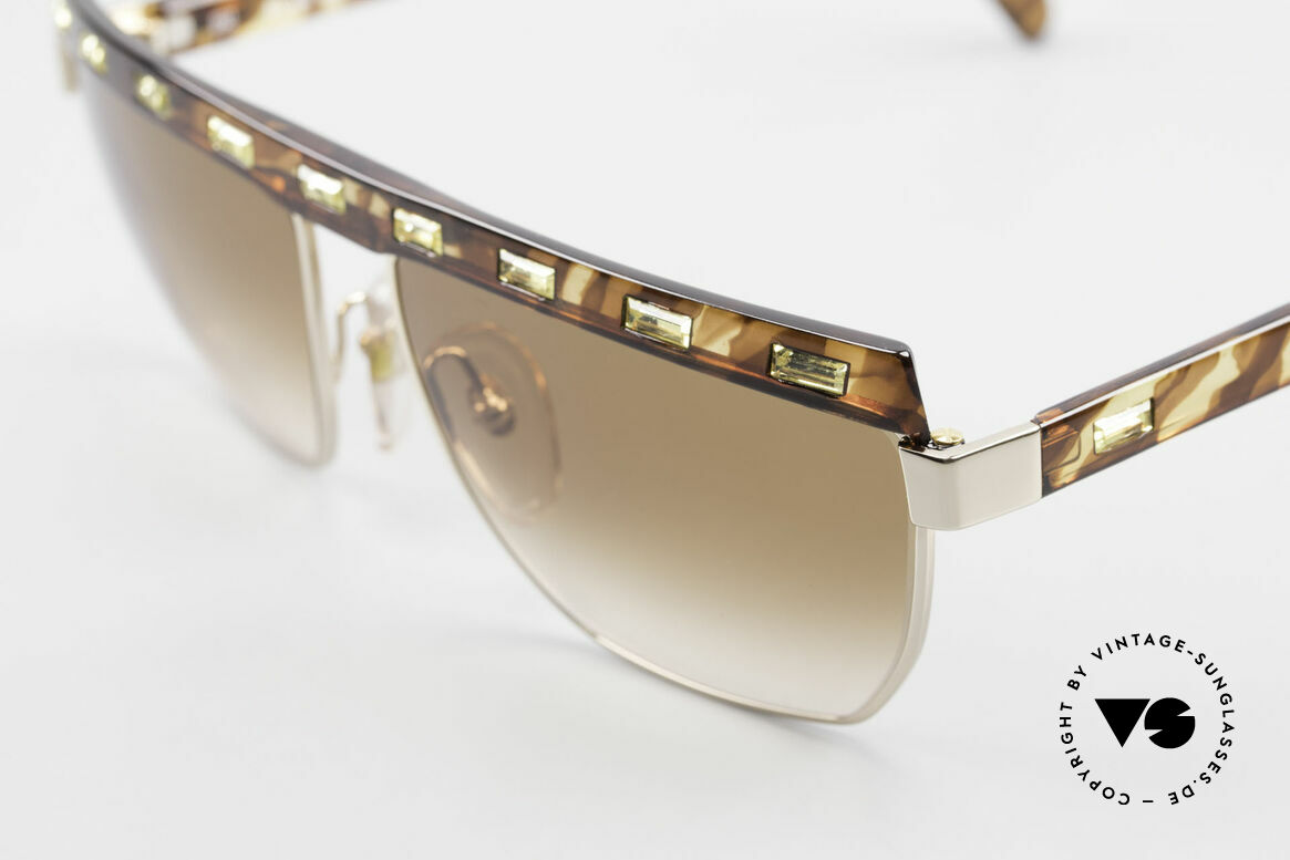 Paloma Picasso 3706 Ladies Gem Sunglasses 90's, great composition of rhinestones (Jonquil colored), Made for Women