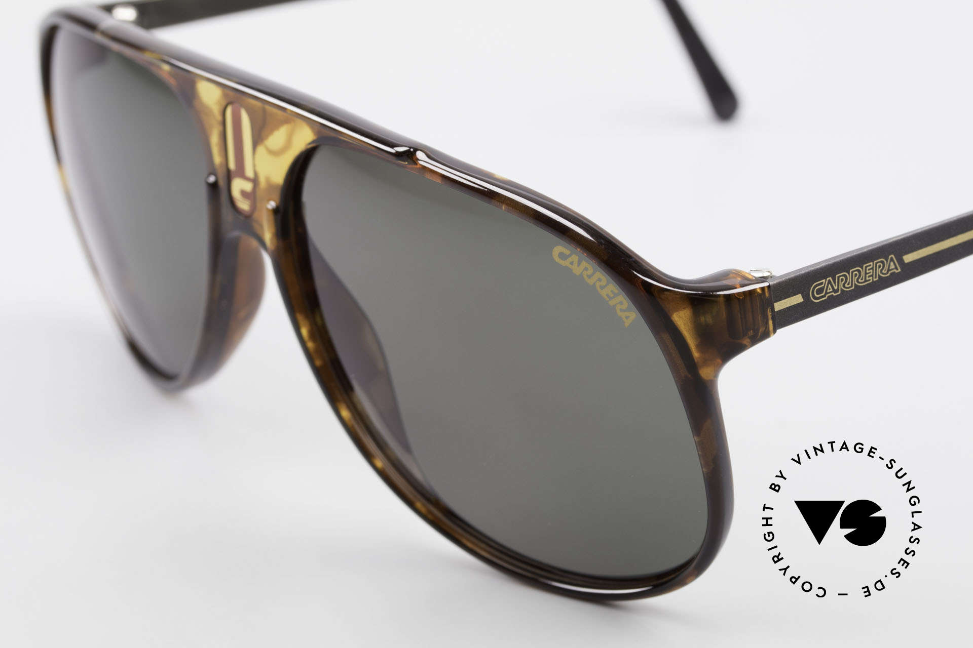 Carrera 5424 80's Aviator Sports Sunglasses, functional shades and a stylish accessory likewise, Made for Men