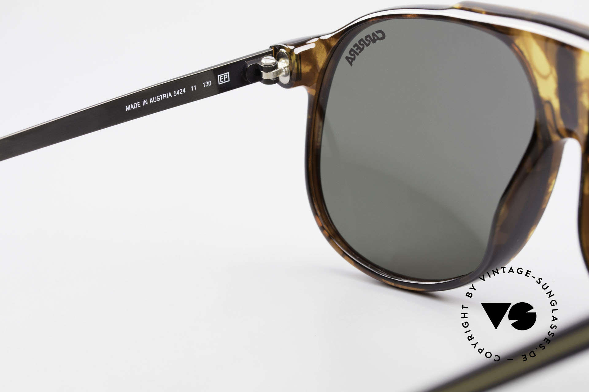 Carrera 5424 80's Aviator Sports Sunglasses, new old stock (like all our VINTAGE Carrera shades), Made for Men
