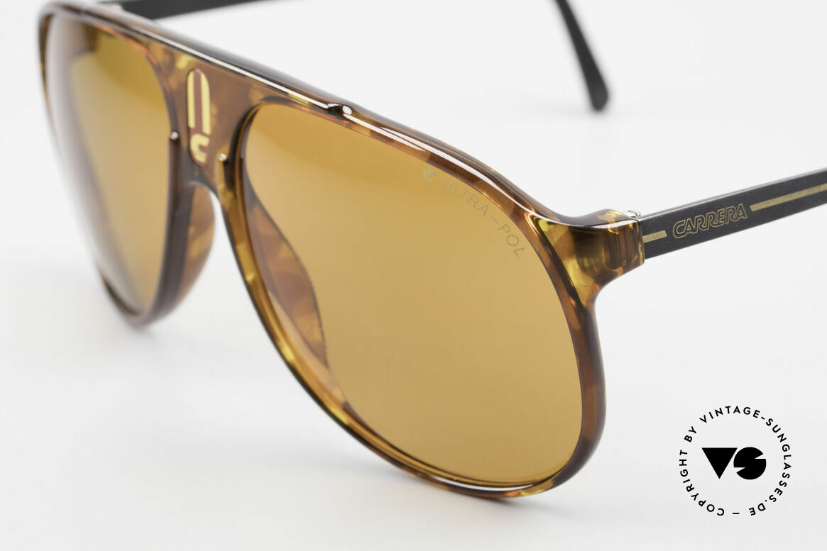 Carrera 5424 80's Sunglasses Polarized Lens, functional shades and a stylish accessory likewise, Made for Men