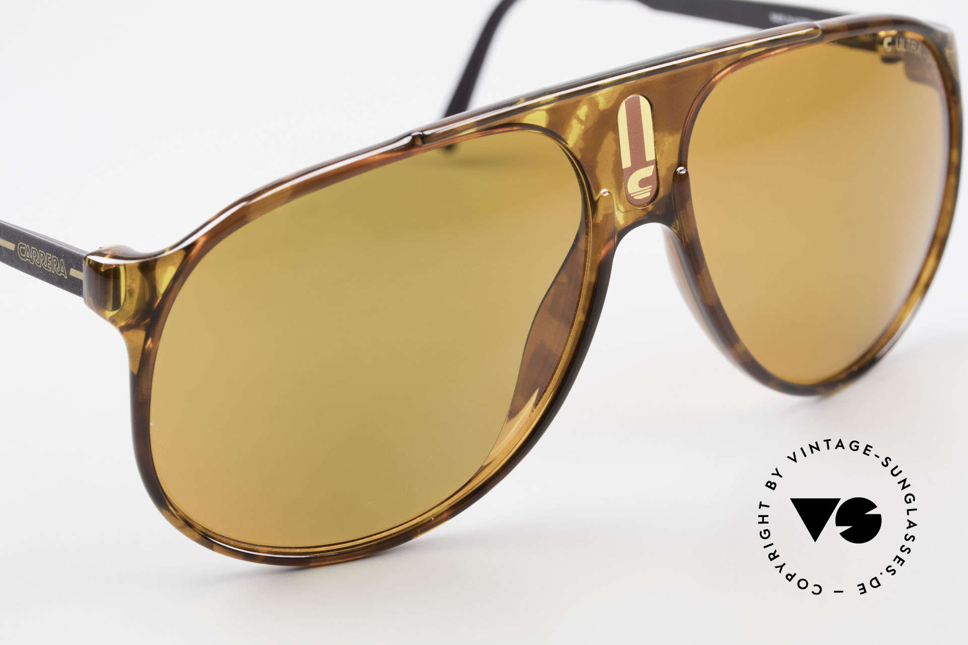 Carrera 5424 80's Sunglasses Polarized Lens, C Ultra-Pol POLARIZED lenses, 100% UV protection, Made for Men