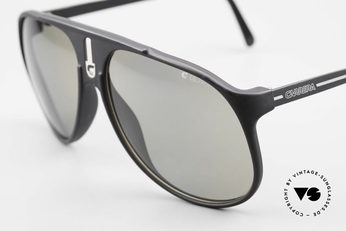 Carrera 5424 Sunglasses Polarized Lens 80's, functional shades and a stylish accessory likewise, Made for Men