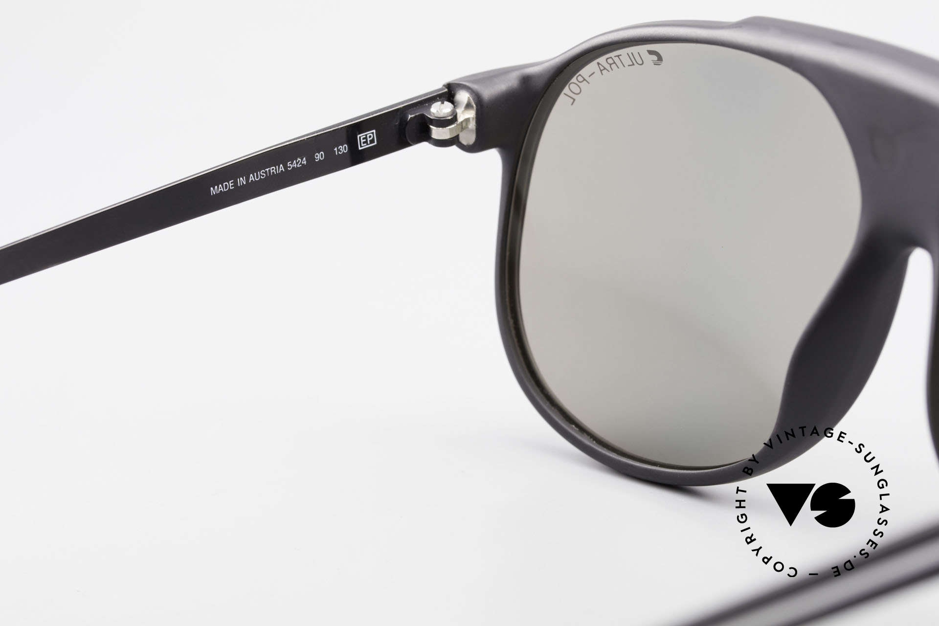 Carrera 5424 Sunglasses Polarized Lens 80's, new old stock (like all our VINTAGE Carrera shades), Made for Men