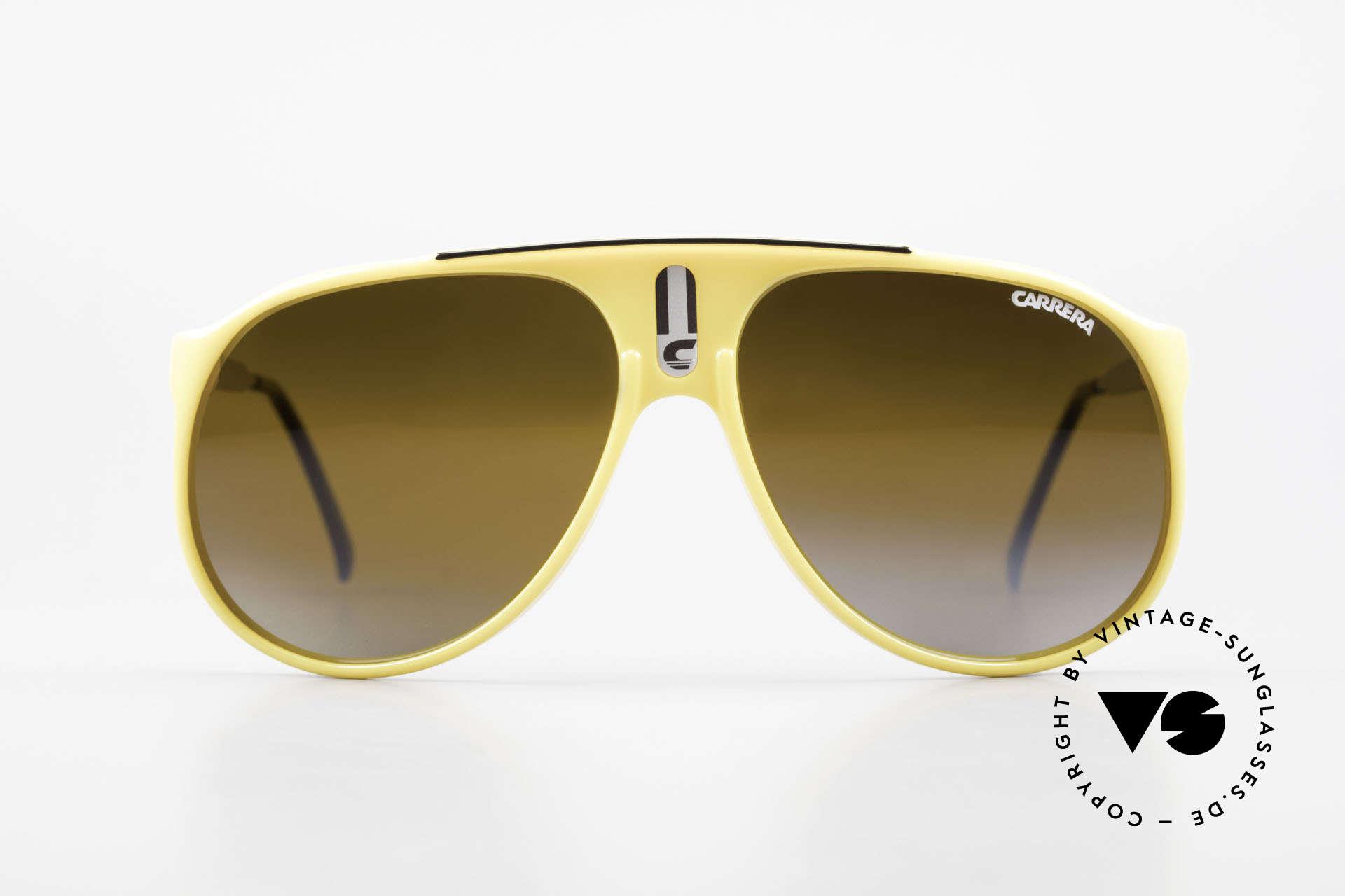 Carrera 5424 Rare Mirrored 80's Sunglasses, original catalog name: model 5424 Sky, size 62/13, Made for Men