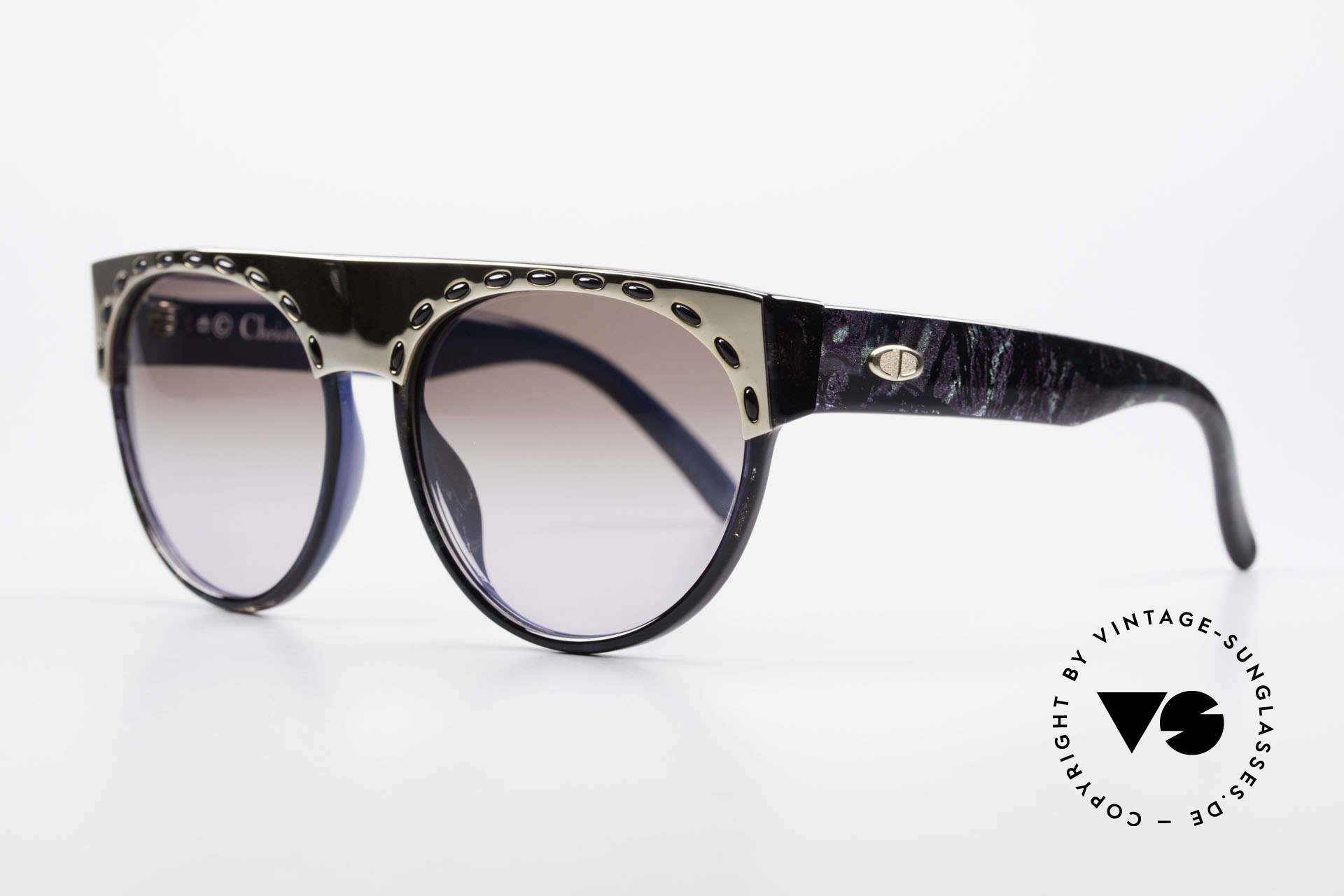 Christian Dior 2437 Vintage Ladies Sunglasses 80's, frame shines marble blue & completely blue on the back, Made for Women
