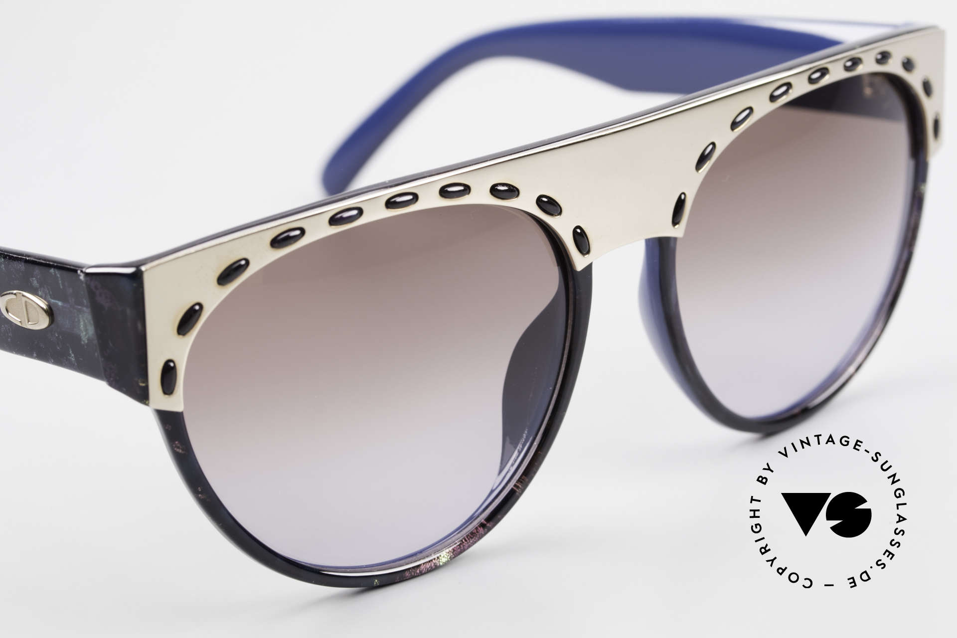 Christian Dior 2437 Vintage Ladies Sunglasses 80's, NO retro fashion; a 30 years old original, one of a kind!, Made for Women