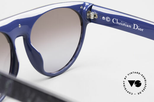 Christian Dior 2437 Vintage Ladies Sunglasses 80's, sun lenses (100% UV) can be replaced with prescriptions, Made for Women