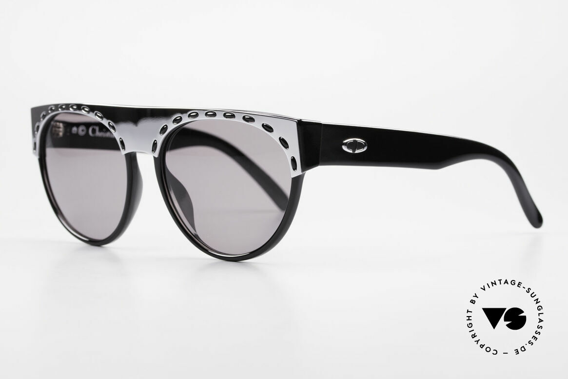 Christian Dior 2437 Ladies 80's Sunglasses Vintage, very comfortable to wear thanks to lightweight material, Made for Women