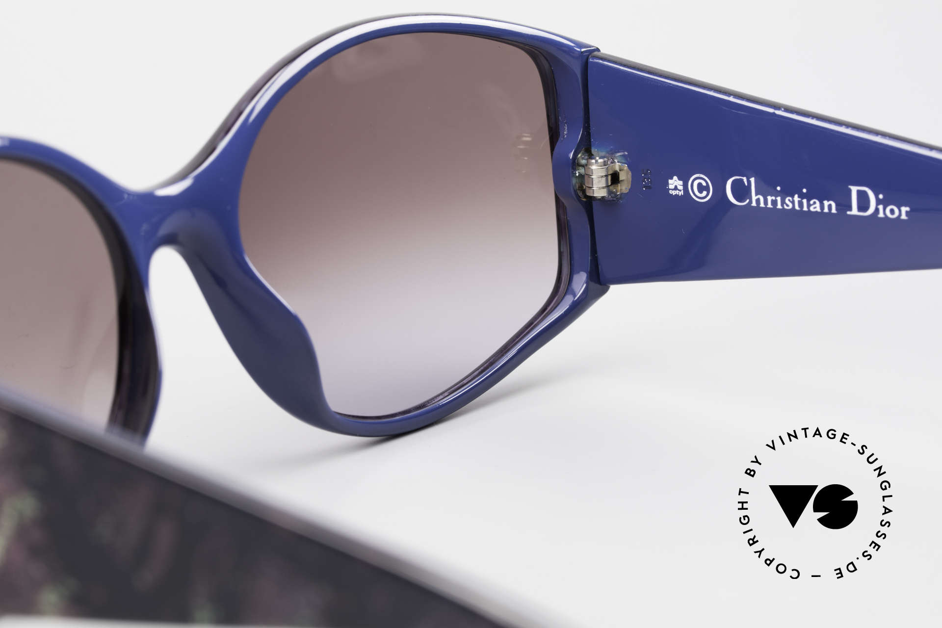Christian Dior 2435 Ladies Designer Sunglasses 80's, NO RETRO fashion, but a unique old 80's RARITY, Made for Women