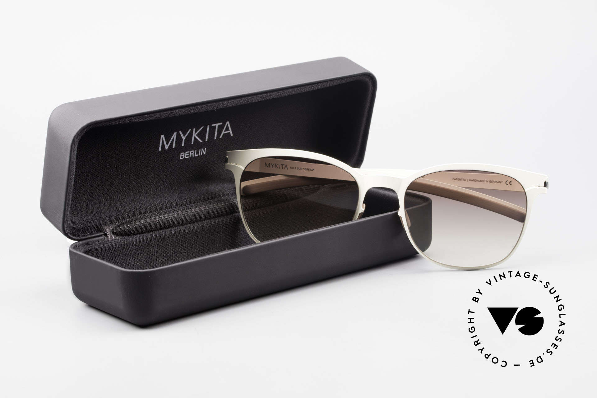 Mykita Greta Ladies Sunglasses From 2009, Size: medium, Made for Women