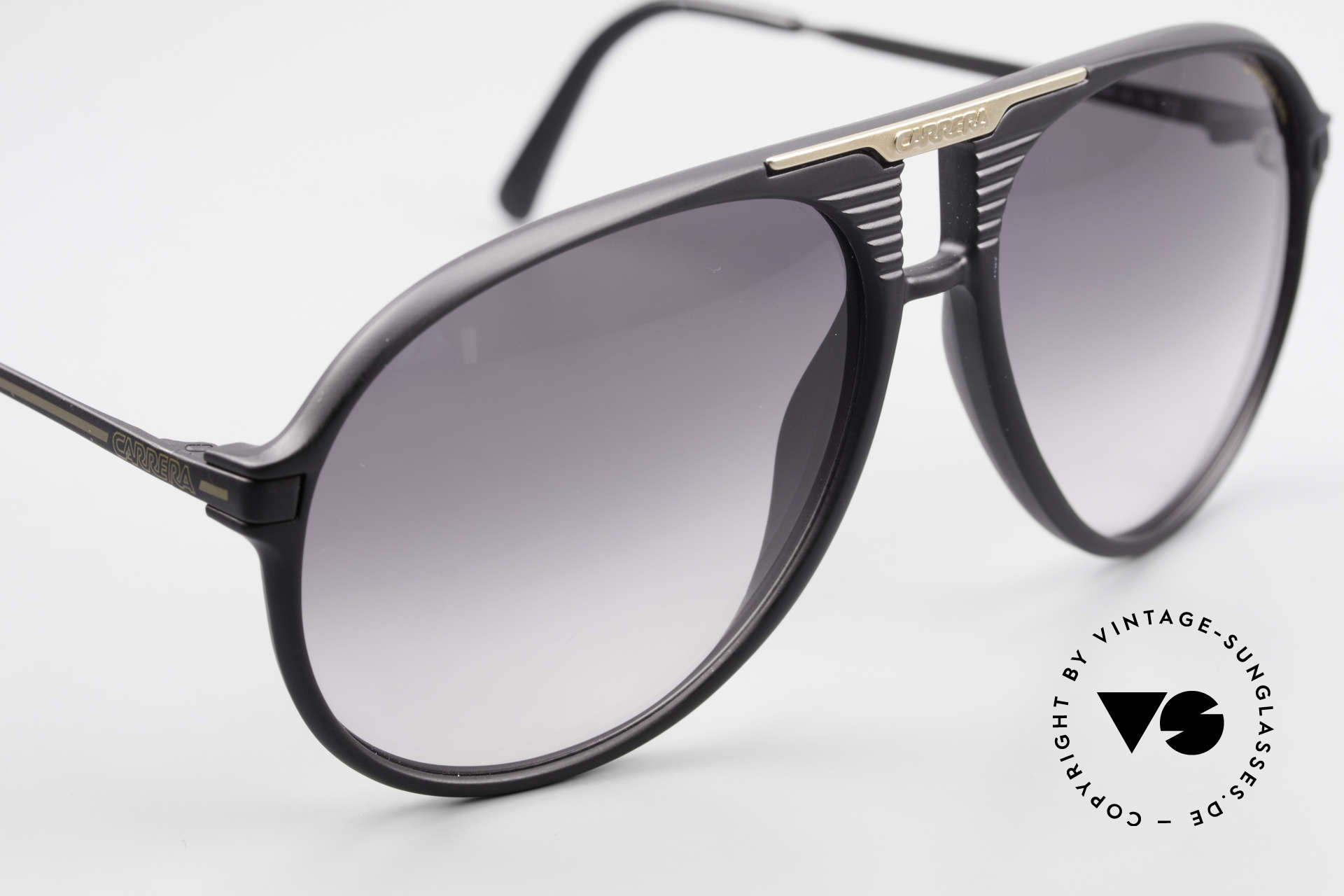Carrera 5595 80's Shades Extra Sun Lenses, unworn single item (like all our vintage shades), Made for Men