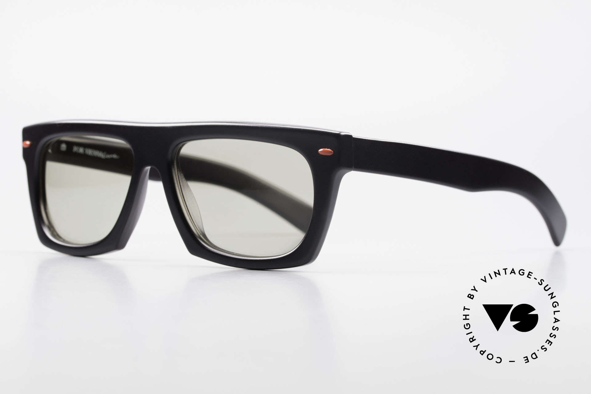 Paloma Picasso 1460 Striking 90's Designer Shades, striking 90's frame in cooperation with ViennaLine, Made for Men and Women