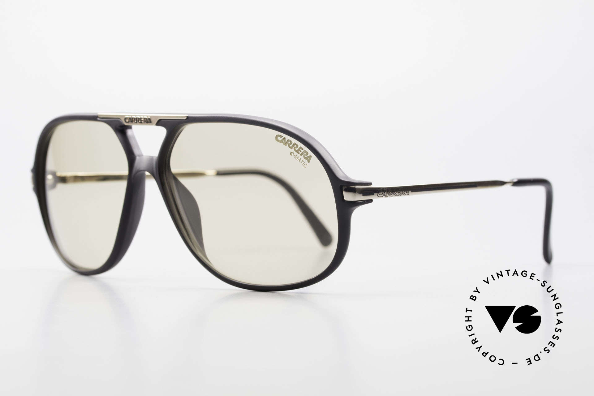 Carrera 5411 C-Matic With Extra Polarized Lenses, lenses are darker in the sun and lighter in the shade, Made for Men
