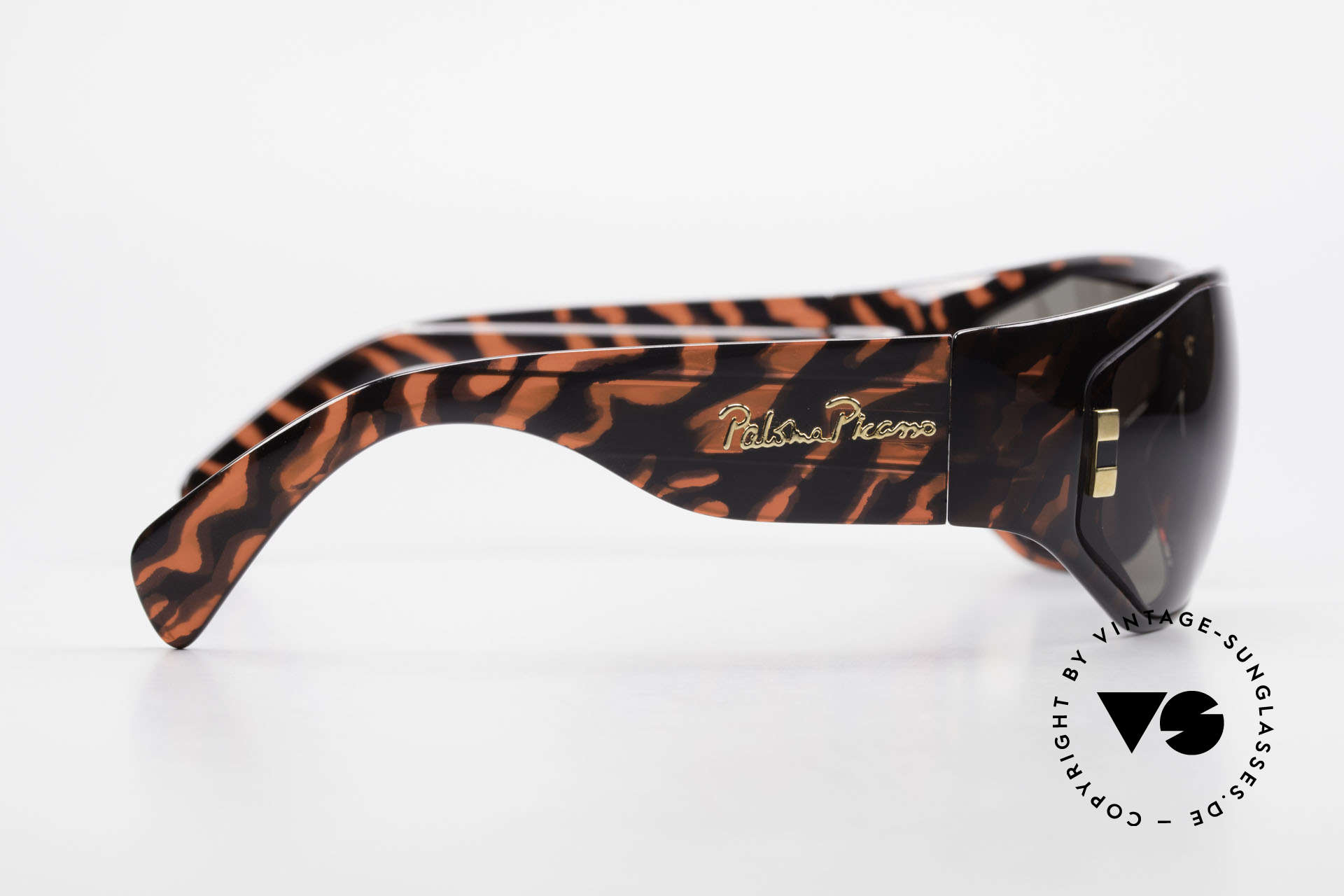 Paloma Picasso 3701 90's Wrap Sunglasses Ladies, of course never worn (as all our old 90's treasures), Made for Women