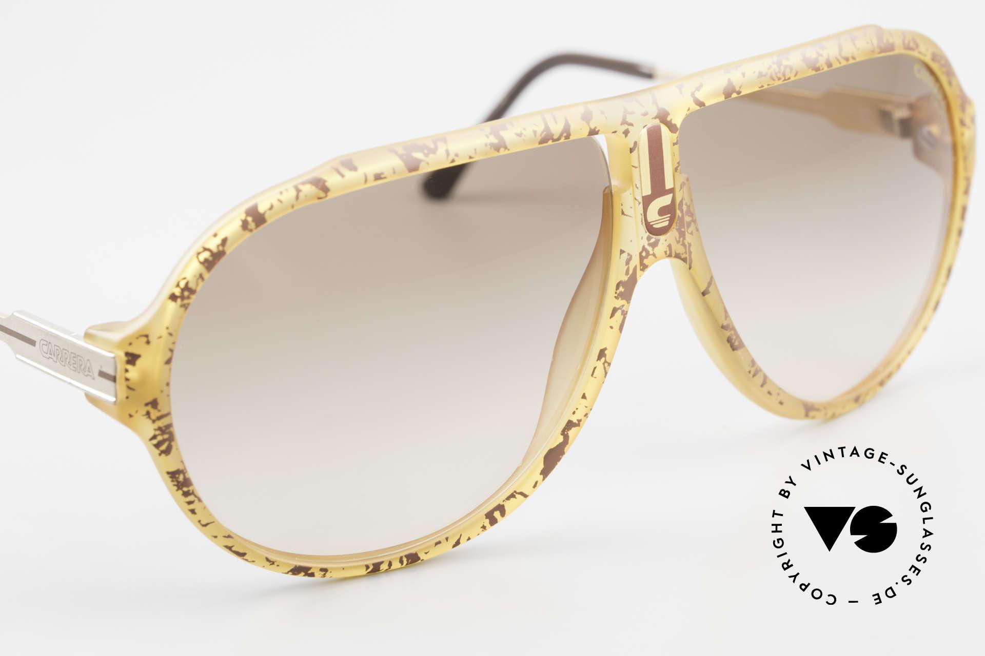 Carrera 5565 Old 1980's Sunglasses Vintage, unique frame pattern (honey-brown SPLINTER EFFECT), Made for Men and Women