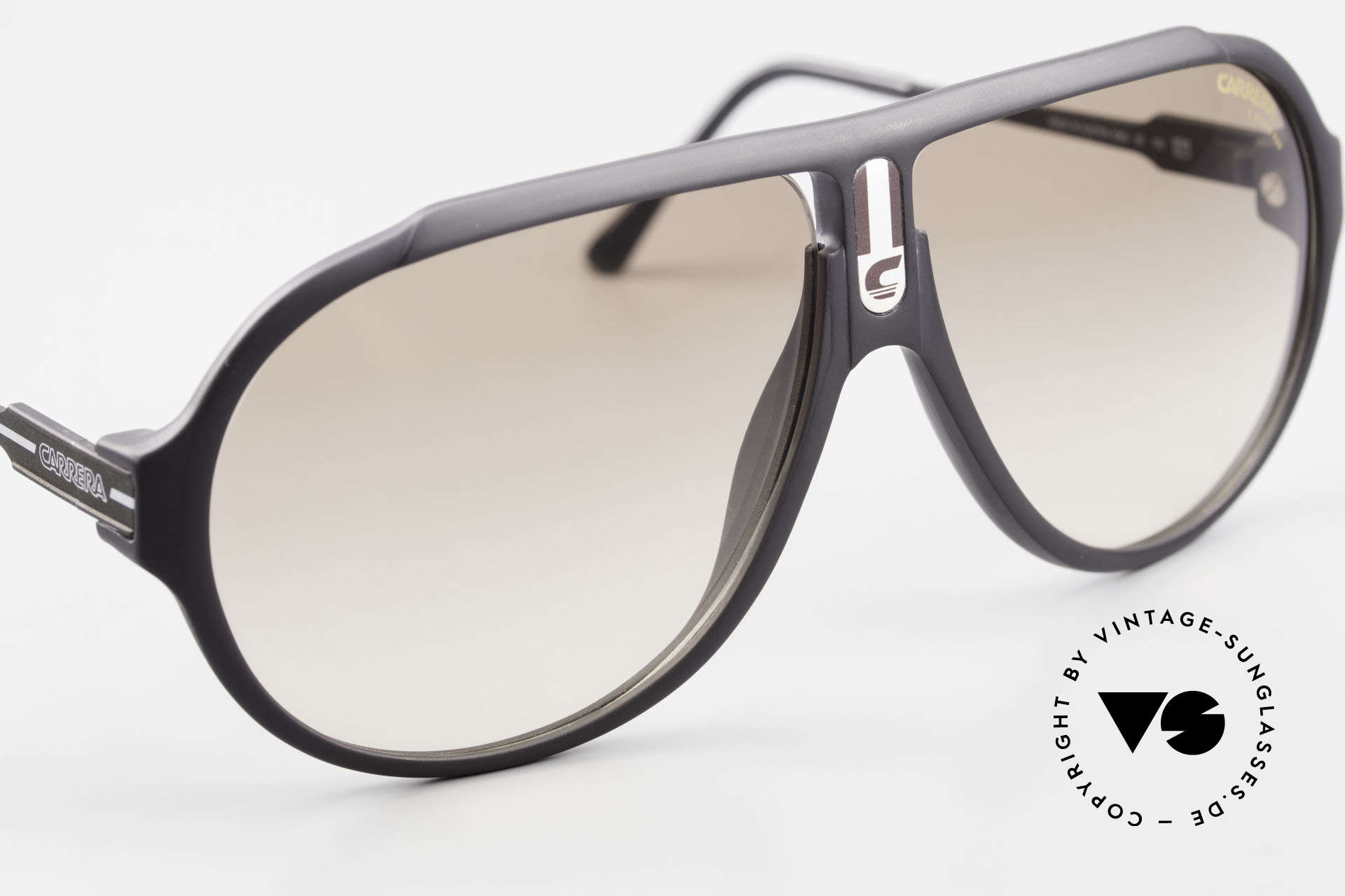 Carrera 5565 Old Sunglasses 1980's Vintage, NO retro sunglasses, but a 35 years old vintage original, Made for Men and Women