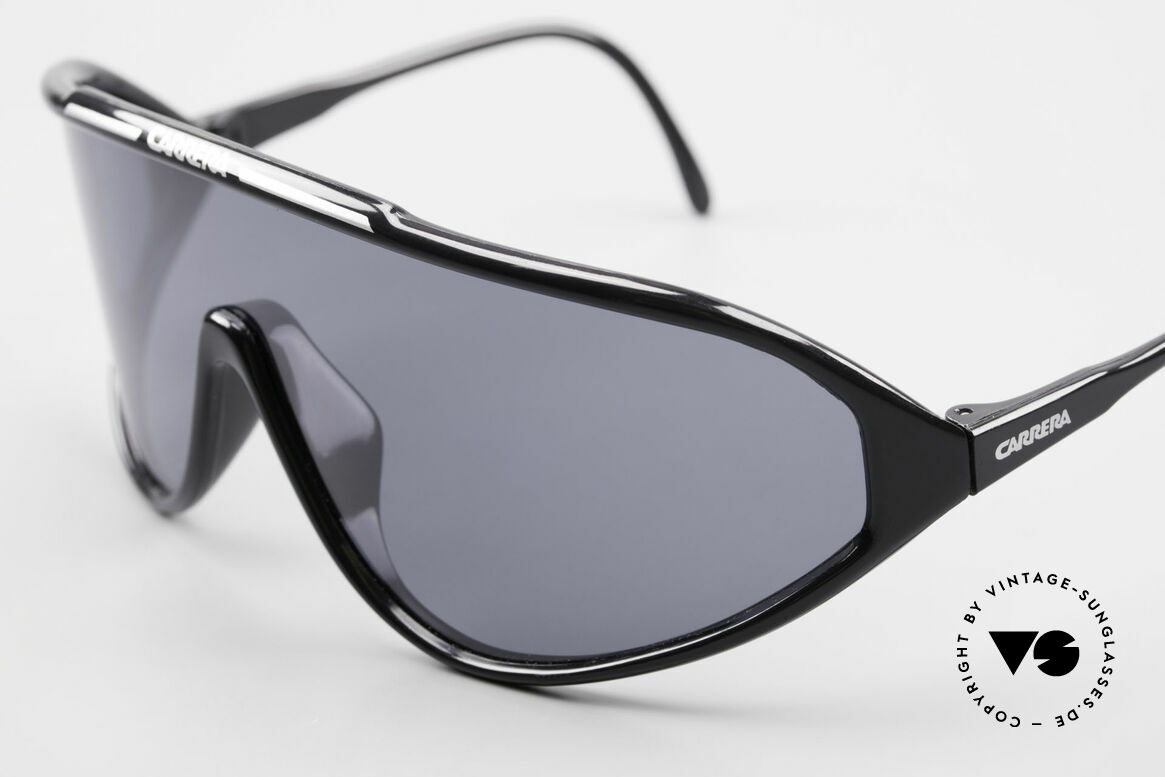 Carrera 5430 90's Sports Shades Polarized, POLARIZED lens = anti-relection for high sun-intensity, Made for Men
