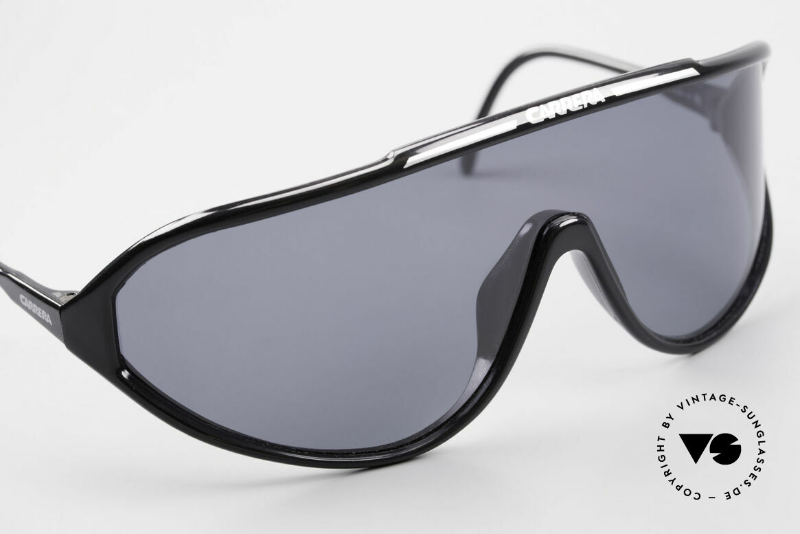 Carrera 5430 90's Sports Shades Polarized, new old stock (like all our rare VINTAGE sports shades), Made for Men