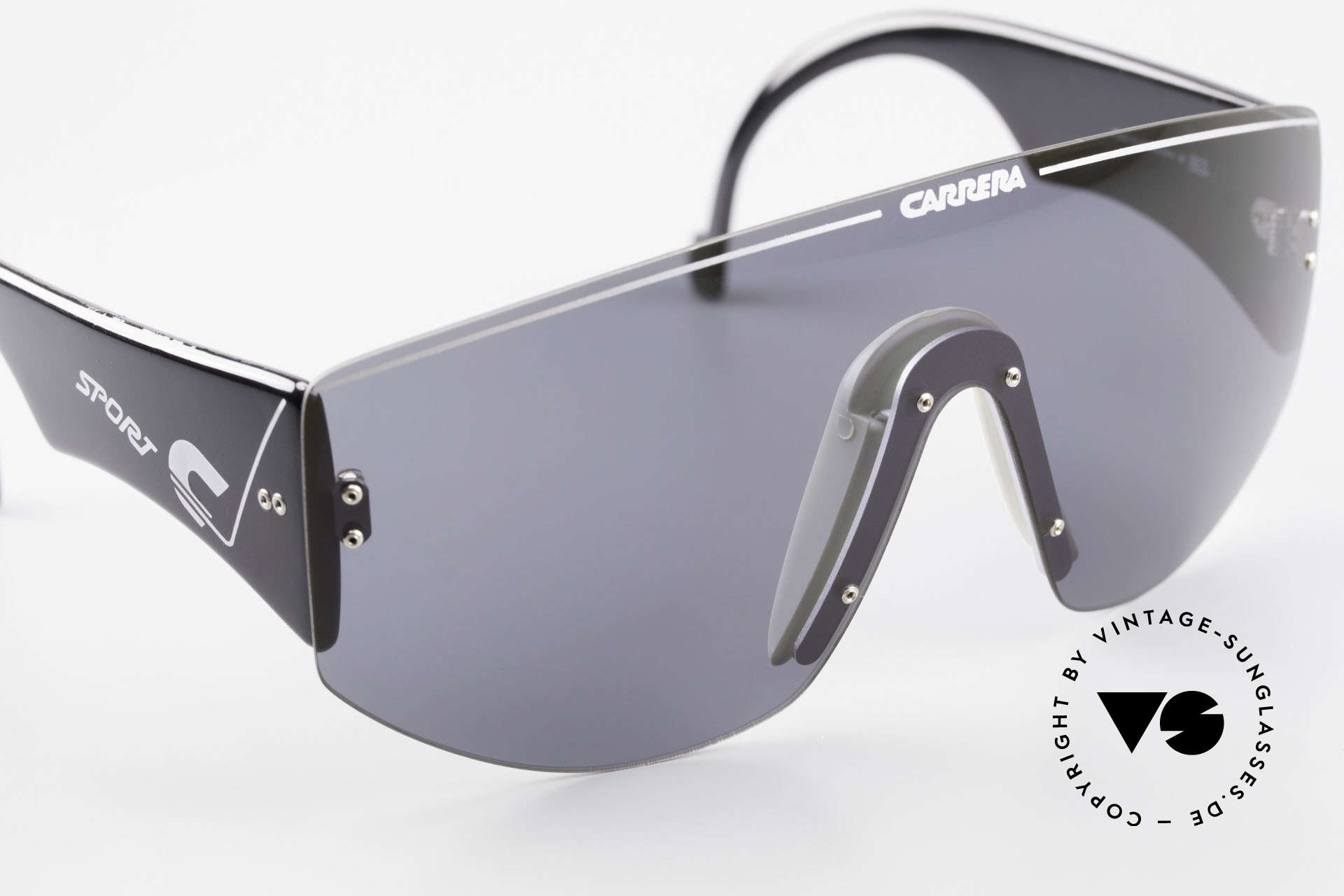 Carrera 5414 90's Sunglasses Sports Shades, 100% UV protection thanks to Carrera C80 quality lens, Made for Men