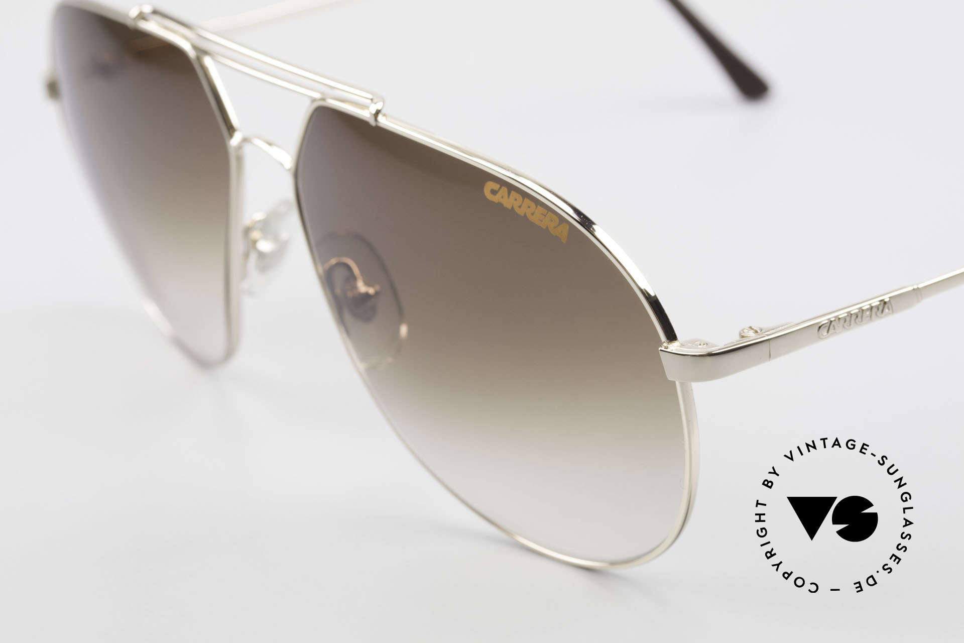 Carrera 5421 90's Aviator Sports Lifestyle, simply a timeless classic in top-quality; gold-plated!, Made for Men