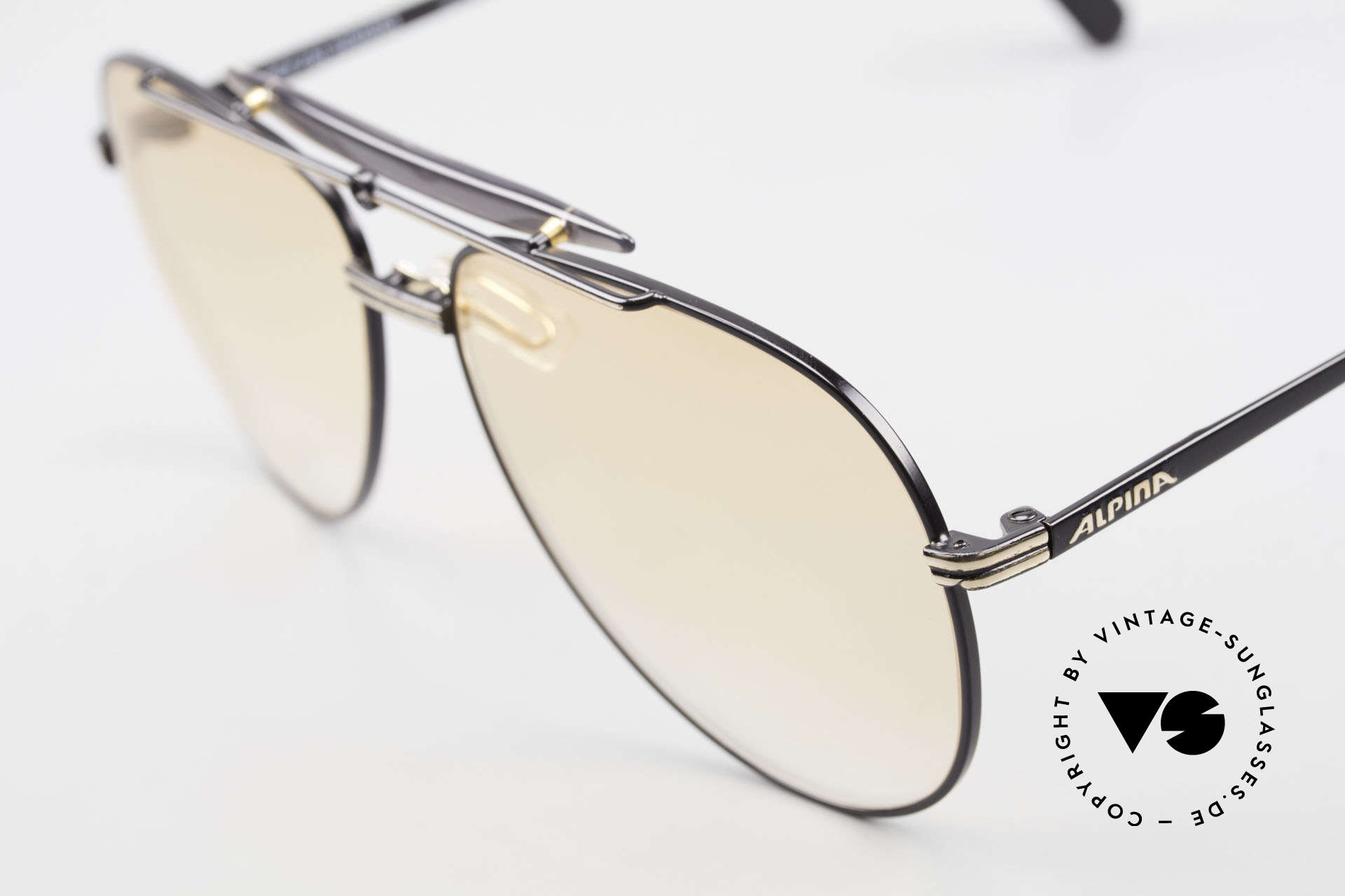 Alpina PCF 250 Sporty 90's Aviator Sunglasses, unworn (like all our vintage ALPINA sunglasses), Made for Men