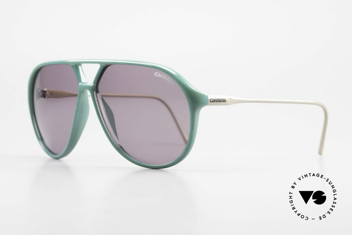 Carrera 5425 80's 90's Sports Lifestyle Shades, sporty and functional design as quality characteristic, Made for Men