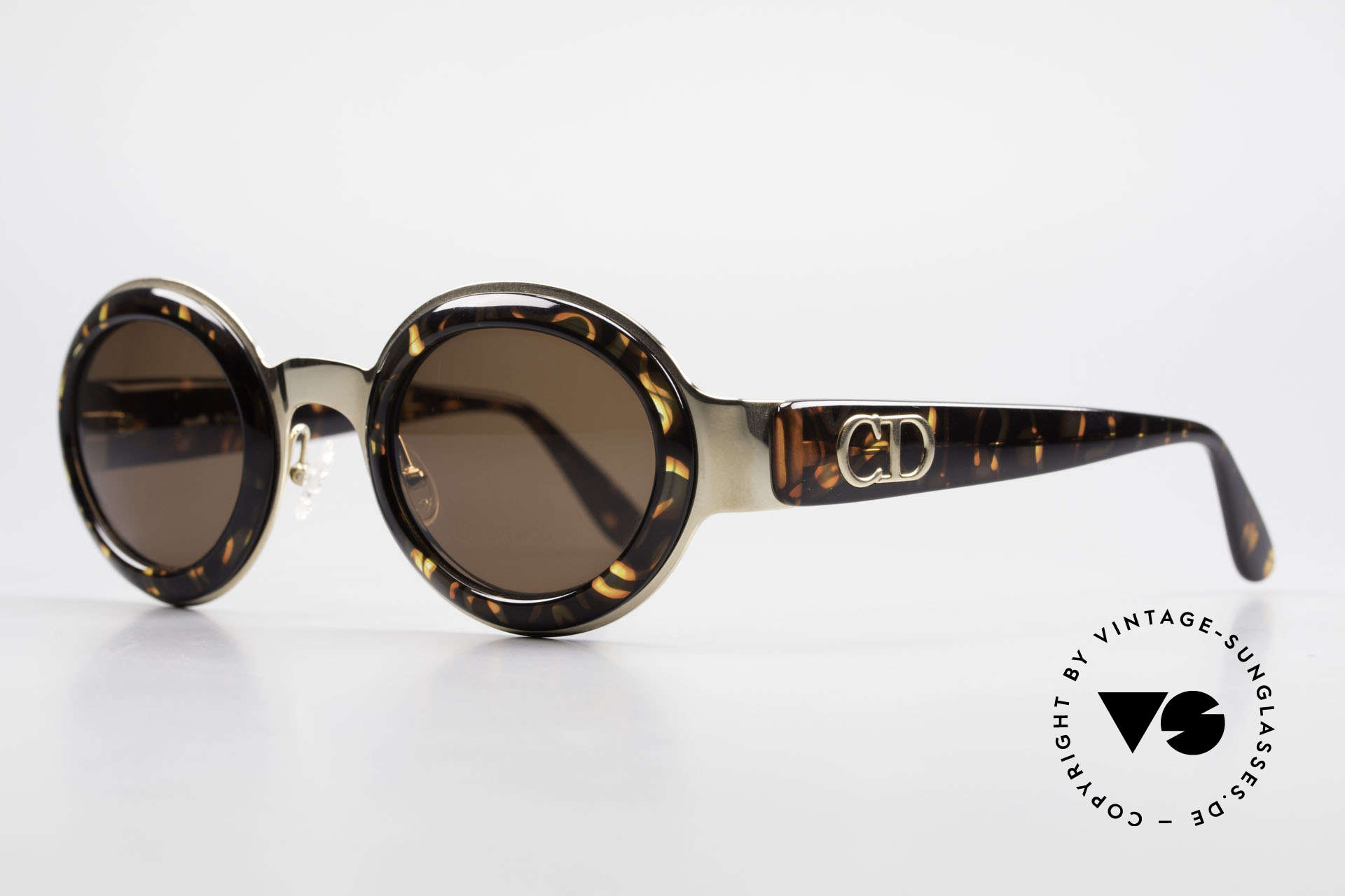 Christian Dior 2037 Round Ladies Sunglasses 90's, great combination of materials, colors and pattern, Made for Women