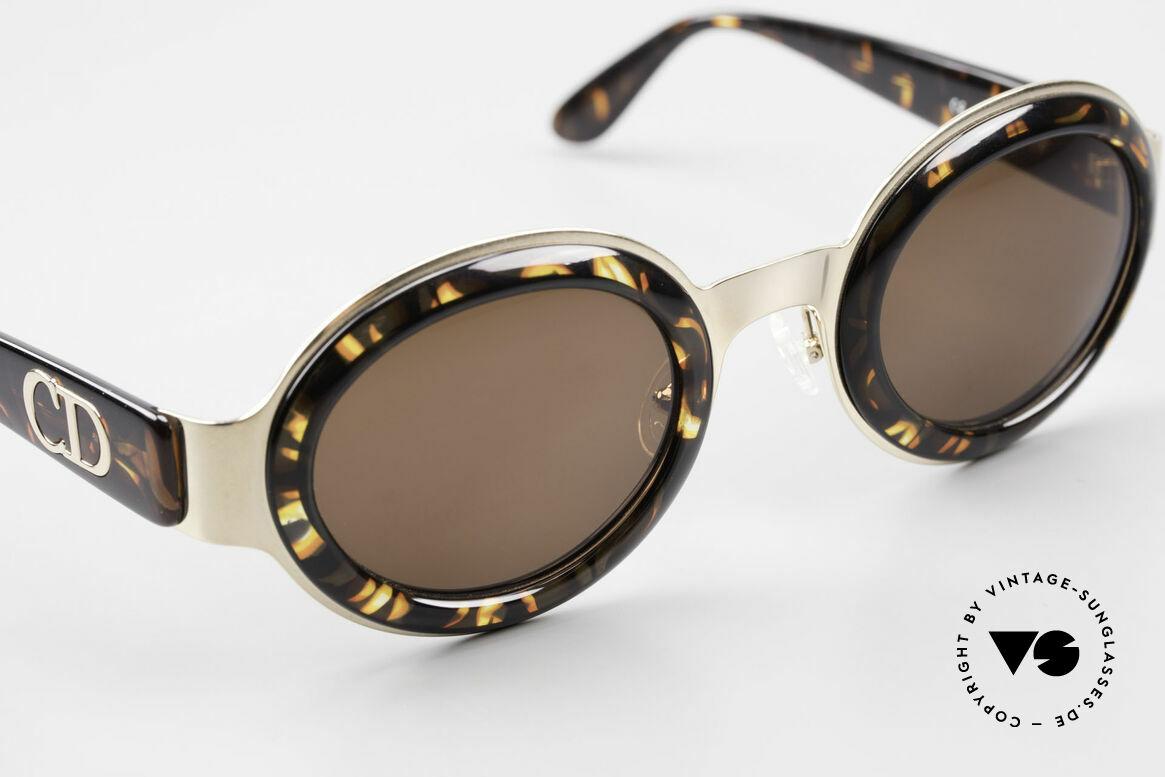 Christian Dior 2037 Round Ladies Sunglasses 90's, NO RETRO sunnies; but a precious OLD 90's original, Made for Women