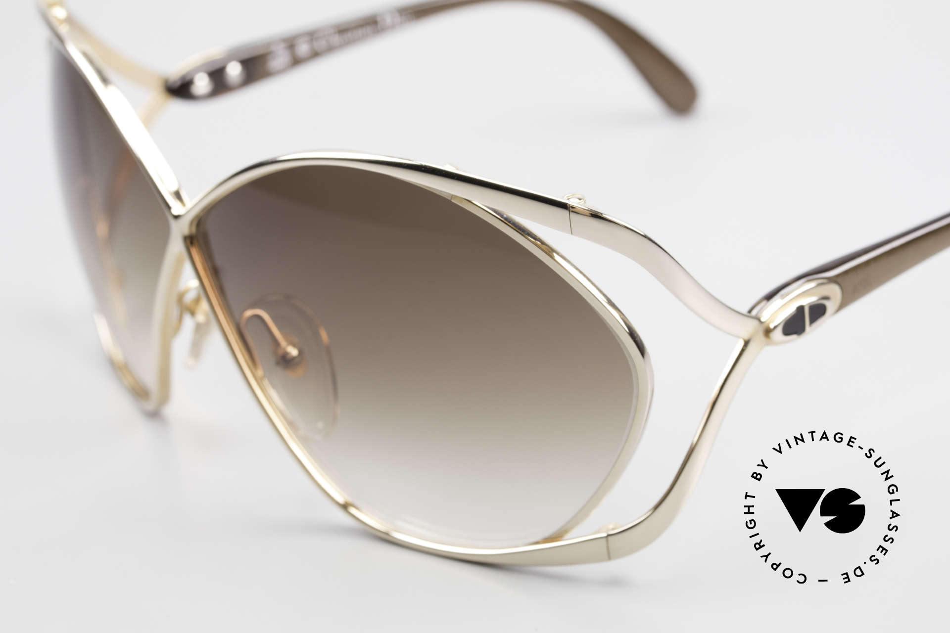 Christian Dior 2056 Butterfly 80's Sunglasses, GOLD-PLATED frame with brown lenses (100% UV), Made for Women