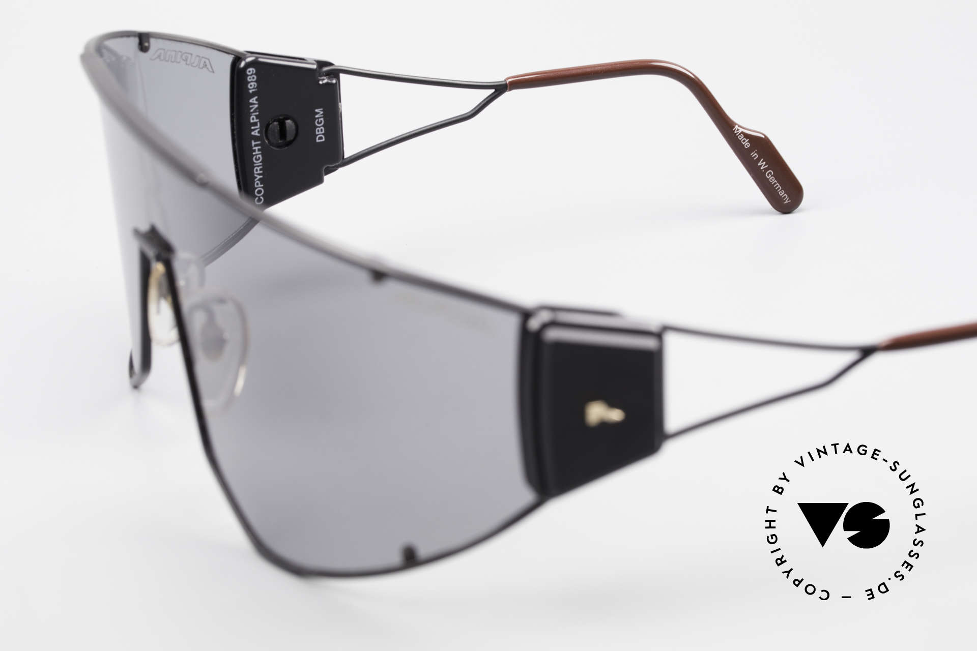 Alpina Goldwing Rare 80's Celebrity Sunglasses, Size: large, Made for Men and Women