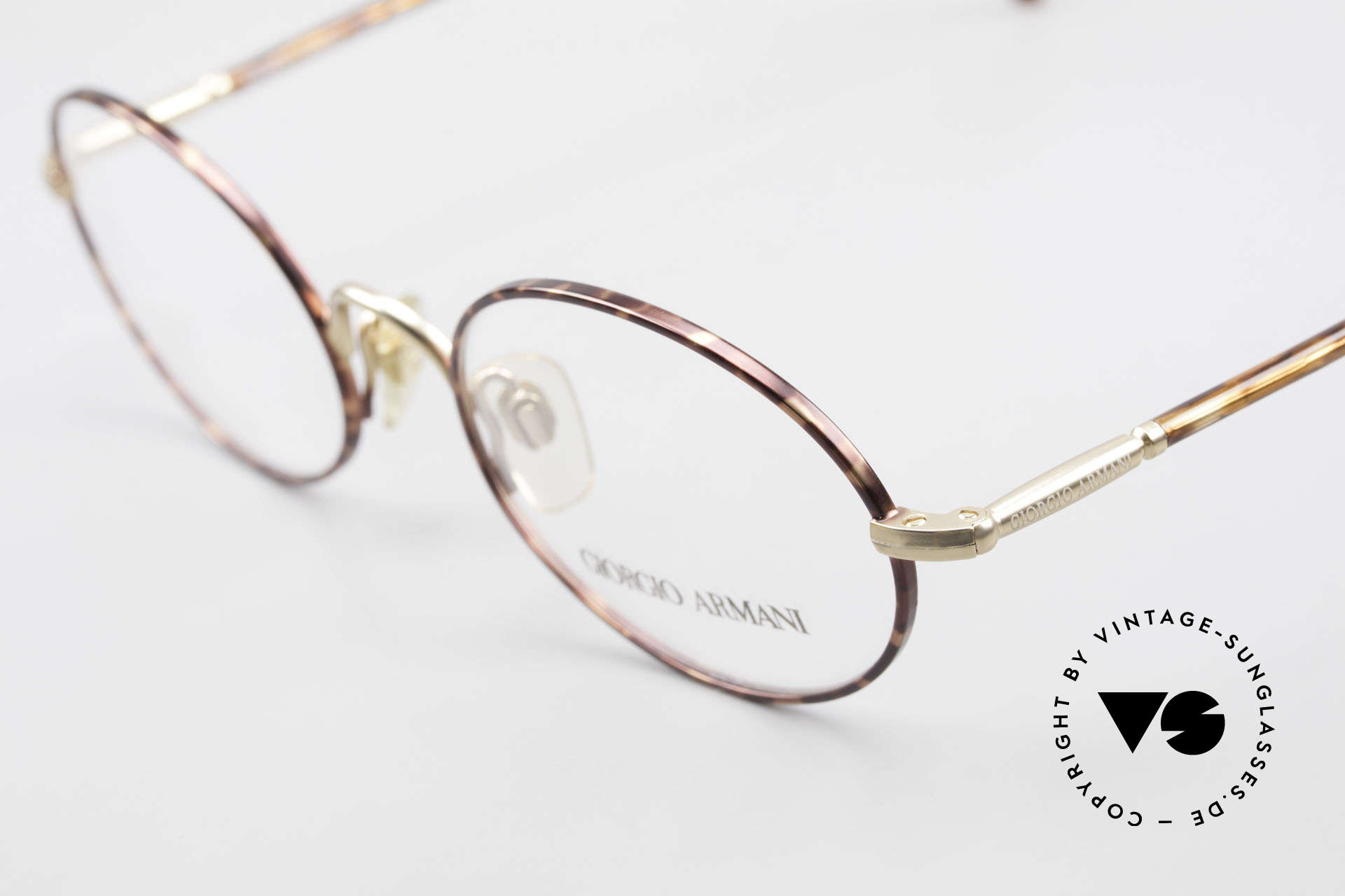 Giorgio Armani 189 Classic Oval Designer Frame, unworn rarity (like all our vintage designer frames), Made for Men