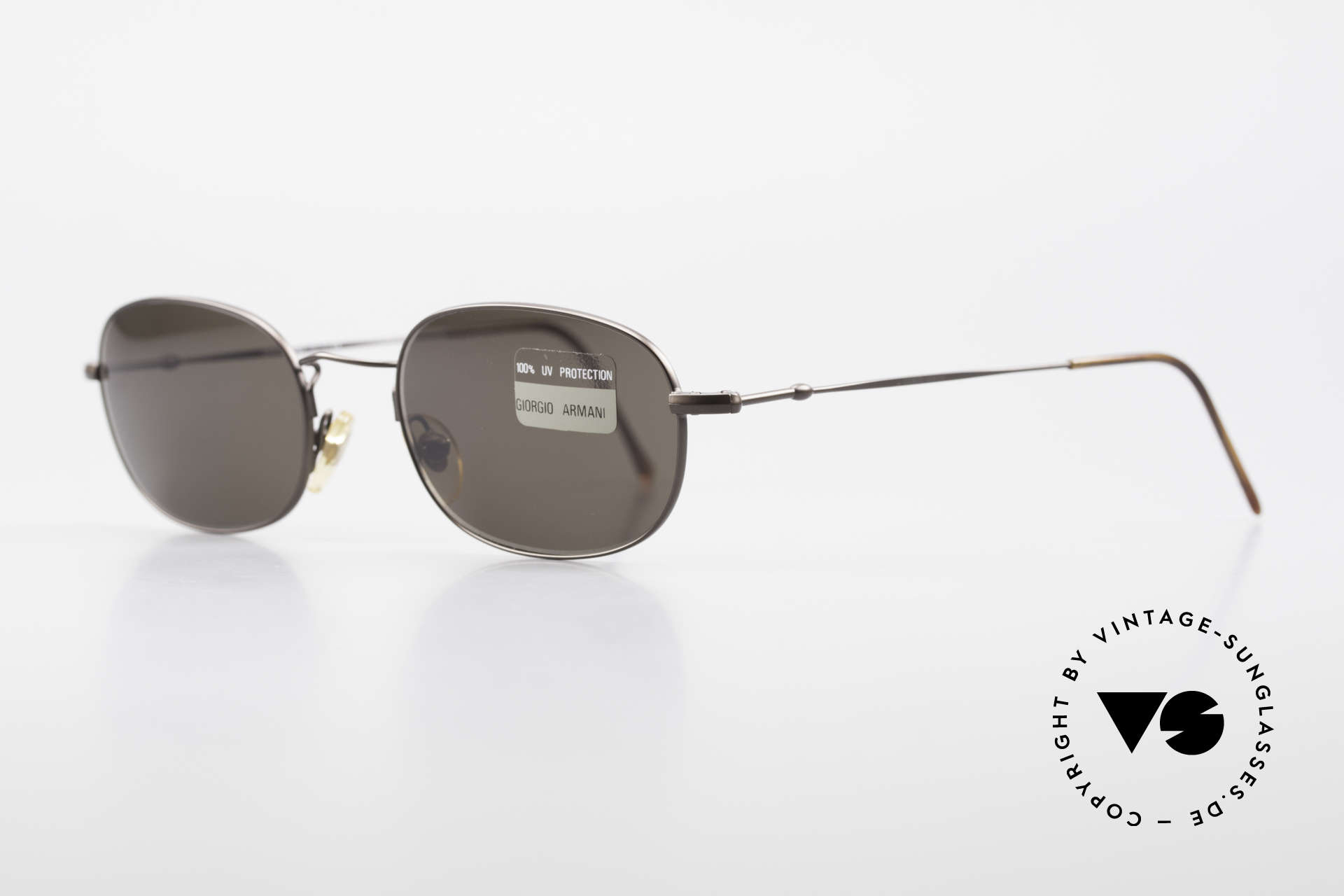 Giorgio Armani 234 Classic Designer Shades 80's, sober, timeless style: suitable for many occasions, Made for Men and Women