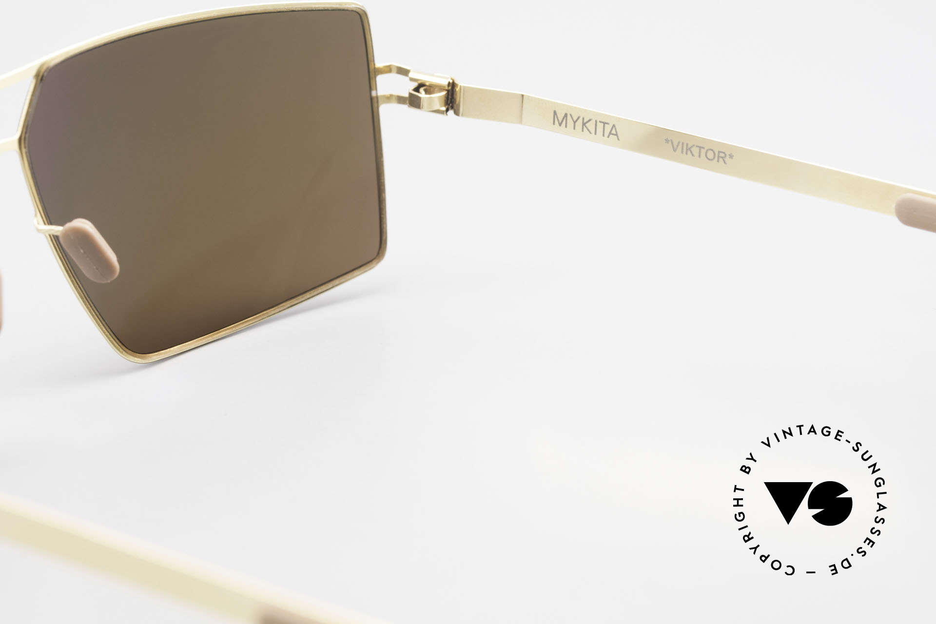 Mykita Viktor Square Designer Sunglasses, thus, now available from us (unworn and with orig. case), Made for Men
