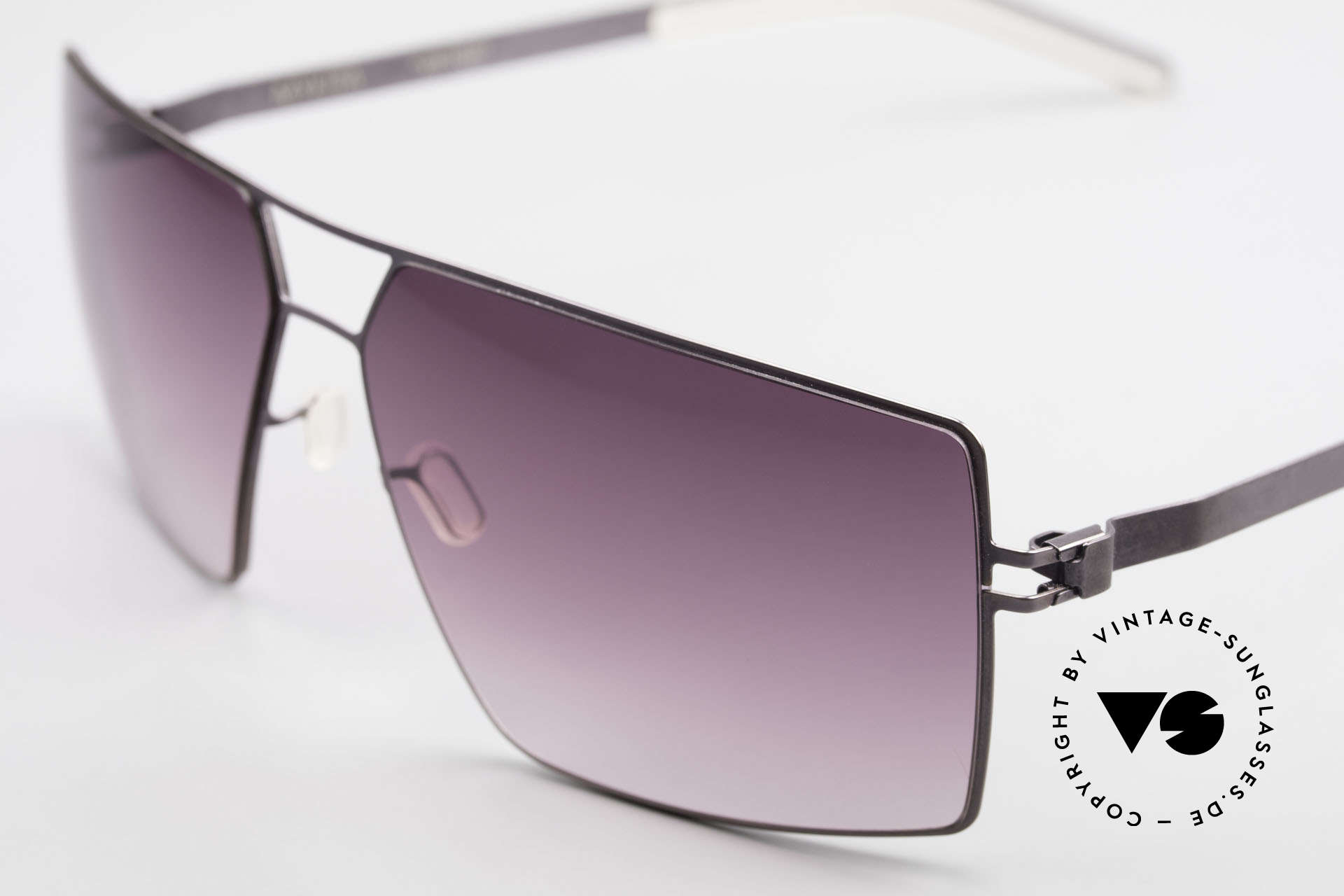 Mykita Viktor Designer Sunglasses Square, flexible metal frame = innovative and elegant likewise, Made for Men