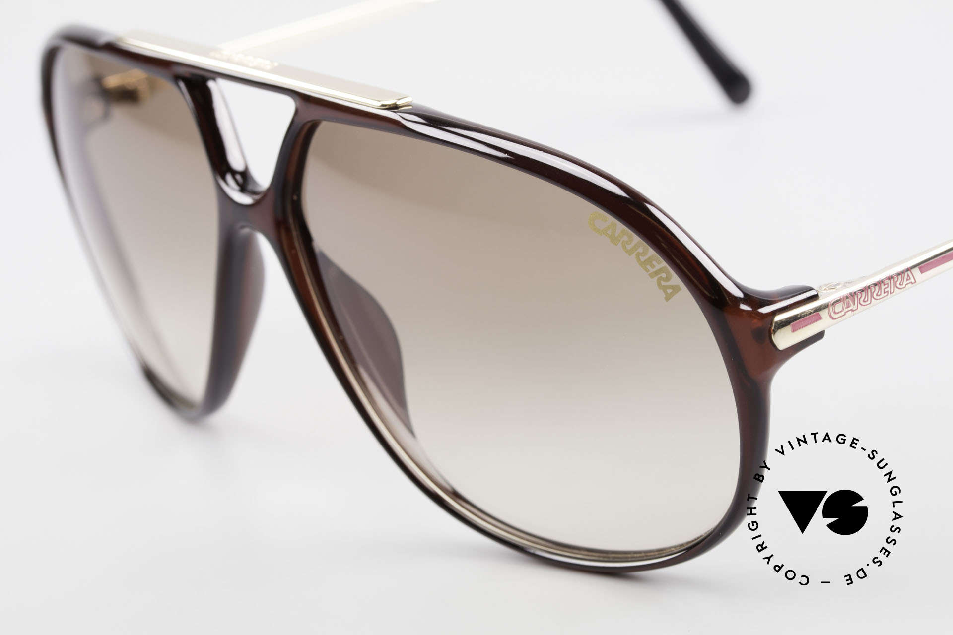 Carrera 5405 Old 90's Aviator Sunglasses, brilliant combination of elegance and functionality, Made for Men