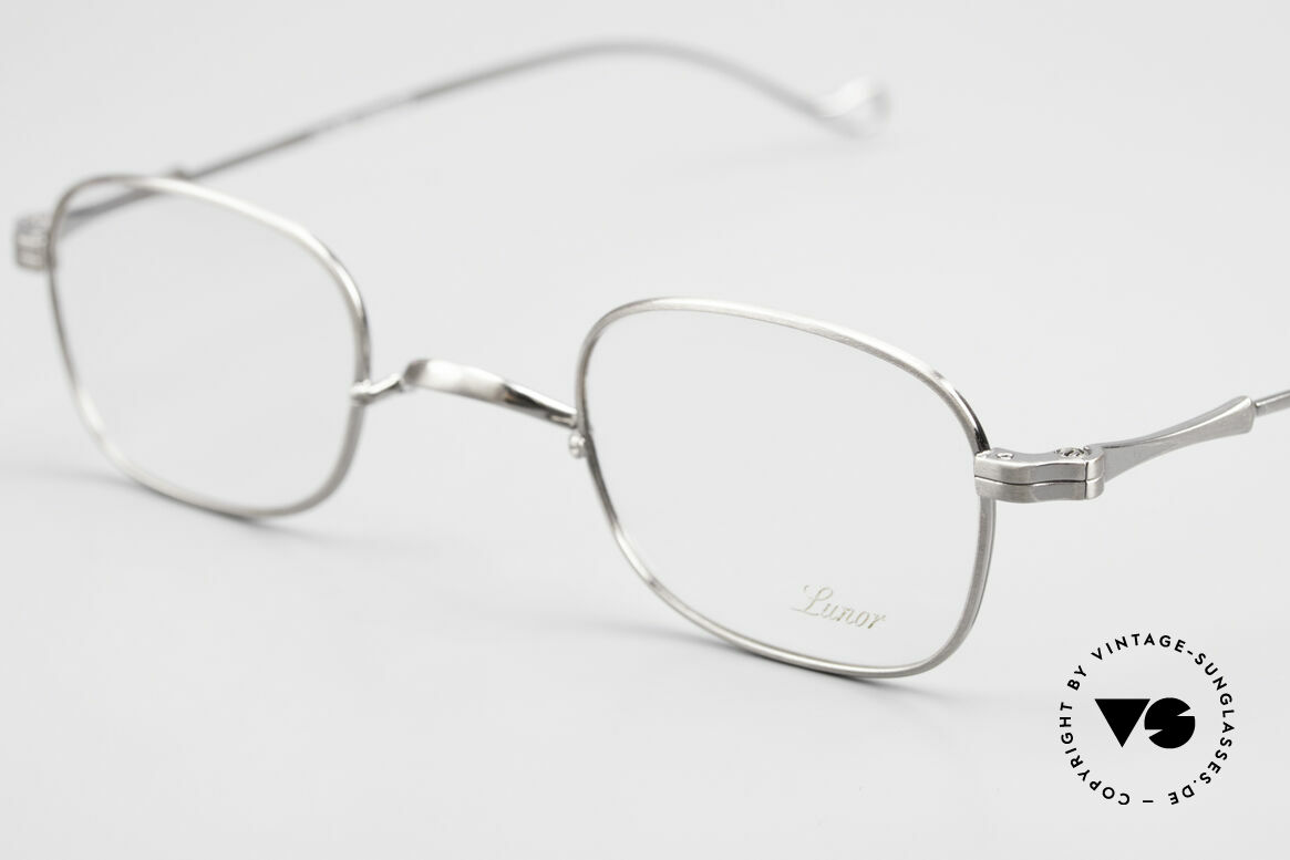 Lunor II 05 Classic Timeless Eyeglasses, unworn single item (for all lovers of quality), true rarity, Made for Men and Women