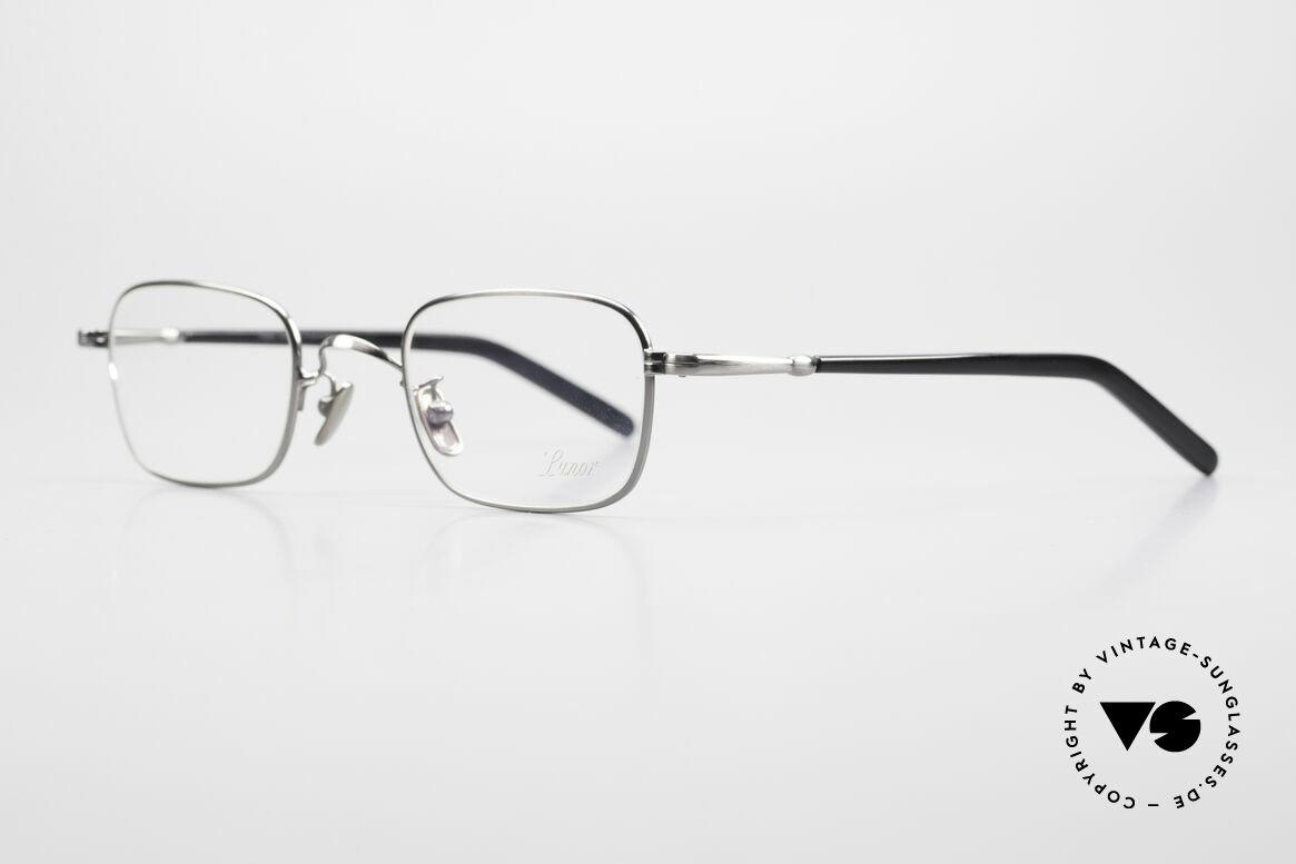 Lunor VA 109 Classic Gentlemen's Glasses, model VA 109 = a classic eyeglass-frame for gentlemen, Made for Men