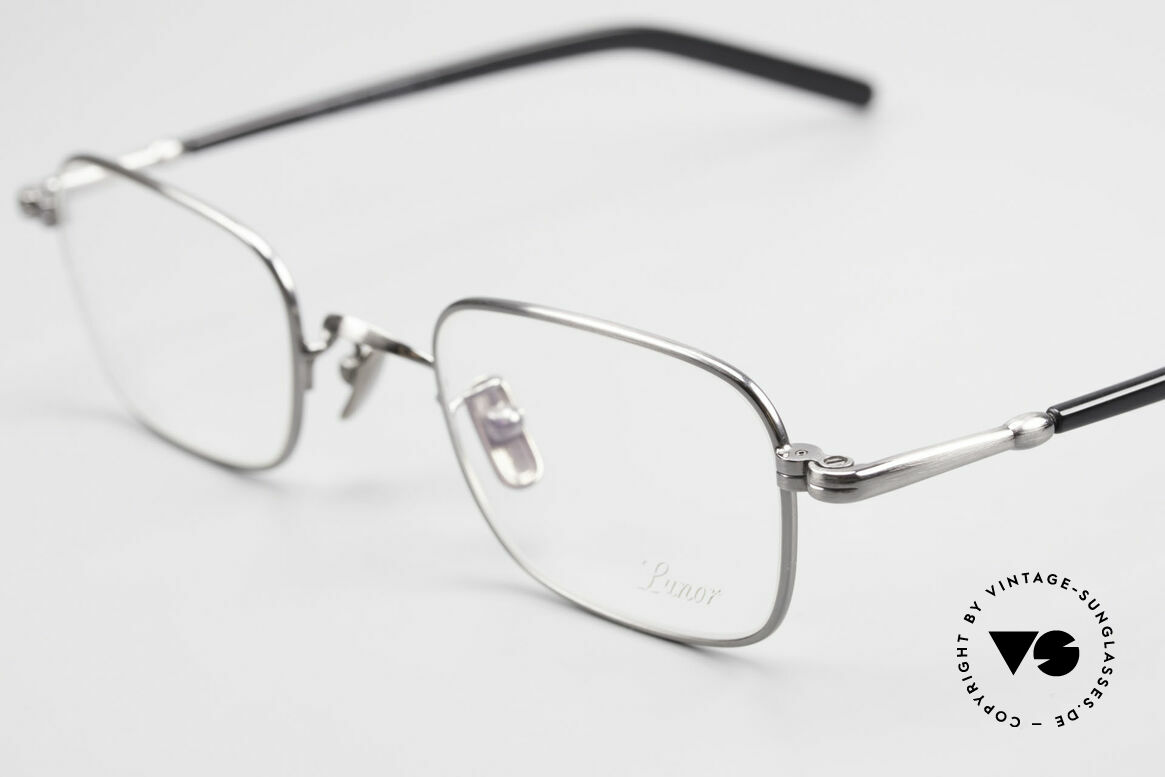 Lunor VA 109 Classic Gentlemen's Glasses, from the 2012's collection, but in a well-known quality, Made for Men