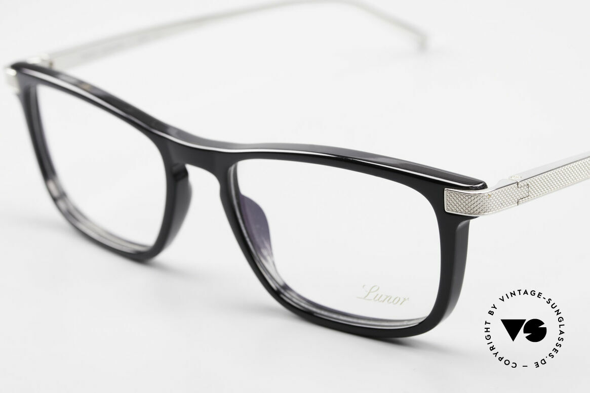 Lunor Imperial Anatomic Vintage Titanium Frame 2012, unworn (like all our luxury eyeglass-frames by LUNOR), Made for Men and Women