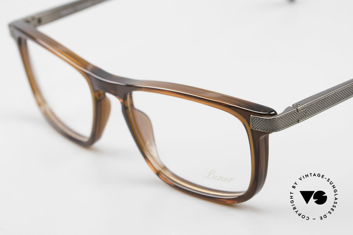 Lunor Imperial Anatomic Titanium Frame 2012 Unisex, unworn (like all our luxury eyeglass-frames by LUNOR), Made for Men and Women
