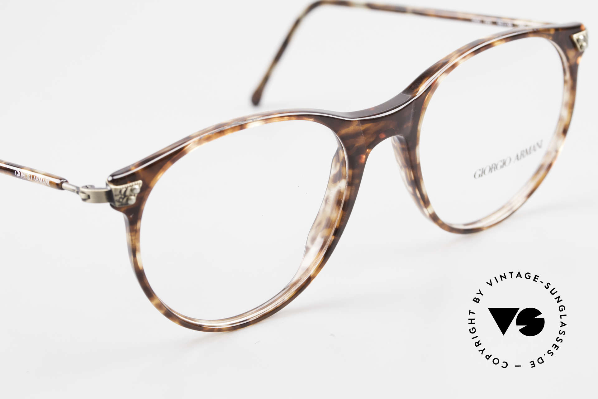 Giorgio Armani 330 True Vintage Unisex Glasses, unworn (like all our vintage Giorgio Armani specs), Made for Men and Women