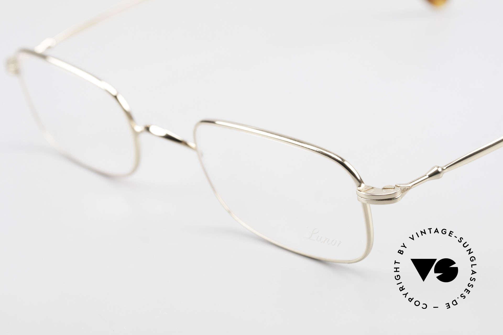 Lunor XV 321 Titanium Frame Gold-Plated, unworn (like all our precious LUNOR eyeglass-frames), Made for Men and Women