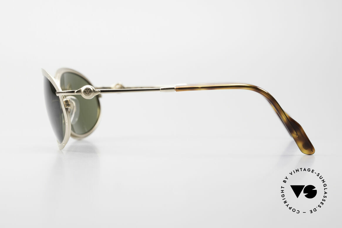 Aston Martin AM33 Sporty Luxury Sunglasses 90's, never worn (like all our rare VINTAGE high-end shades), Made for Men