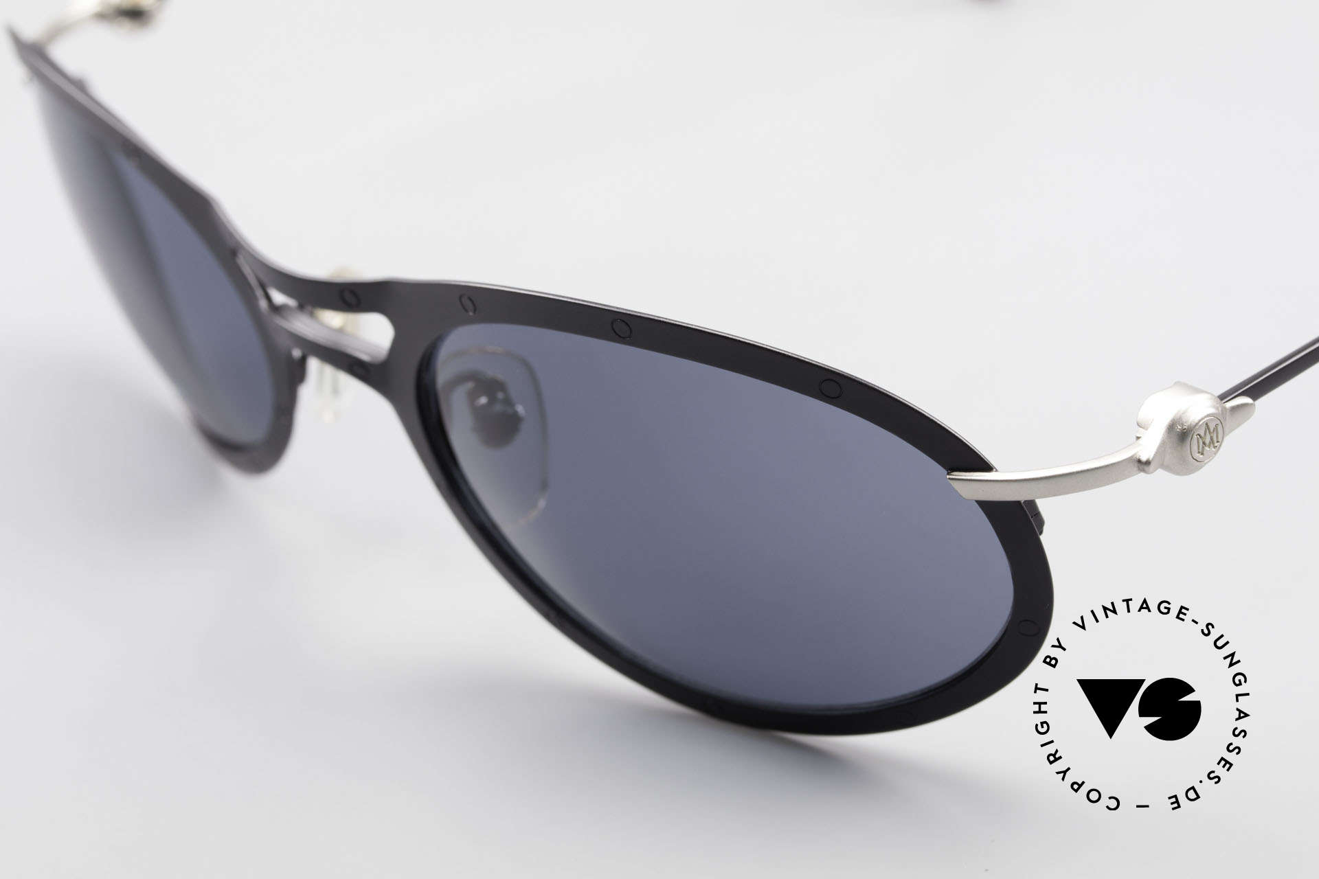 Aston Martin AM33 90's Wrap Around Sunglasses, never worn (like all our rare VINTAGE high-end shades), Made for Men