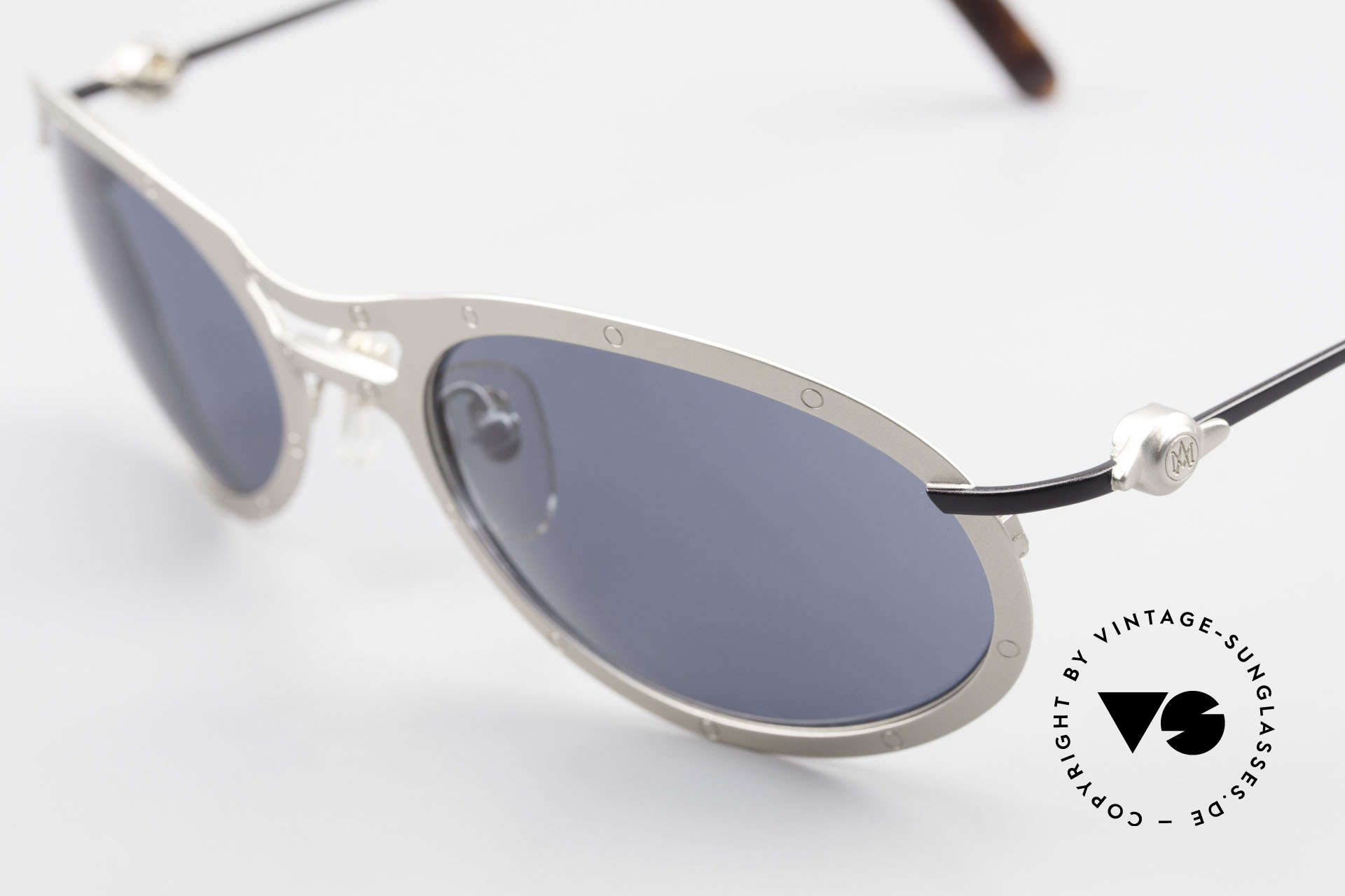 Aston Martin AM33 Sporty Men's Sunglasses 90's, precious rarity in TOP-quality + orig. Aston Marin case, Made for Men