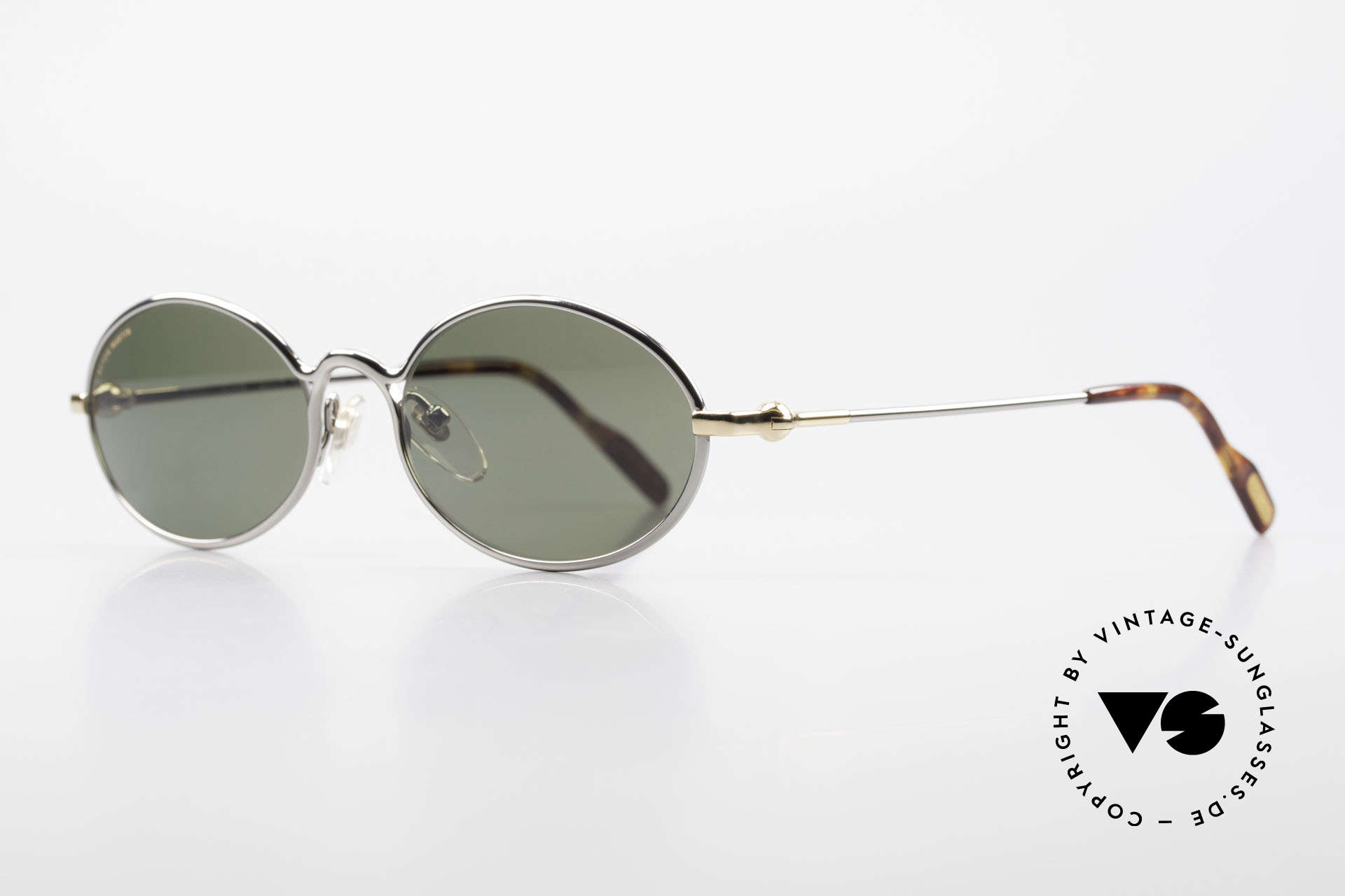 Aston Martin AM13 Oval Shades James Bond Style, sporty and elegant classic: James Bond 'gentlemen style', Made for Men