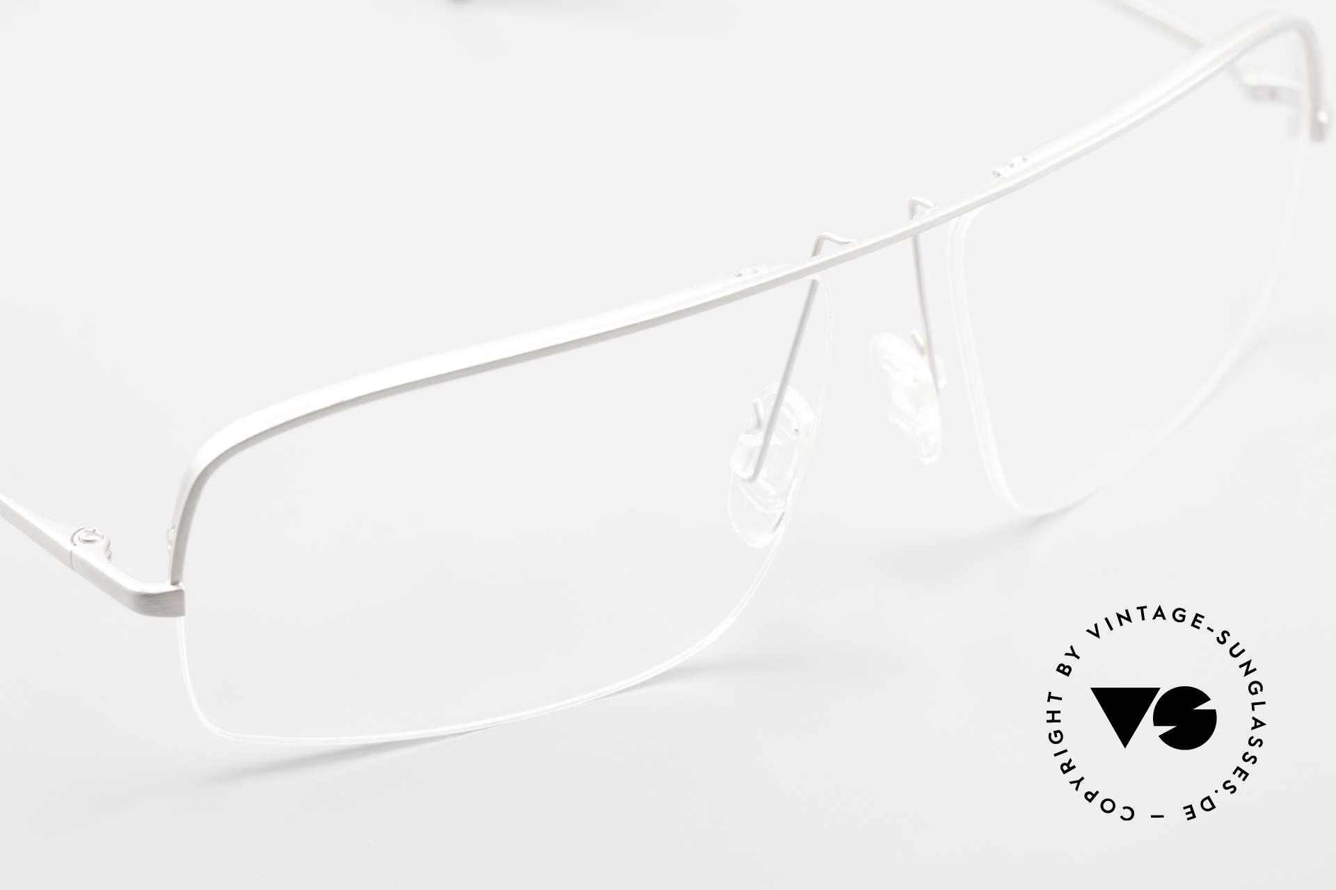 Wolfgang Proksch WP0103 New Tear Drop Titanium Frame, NO RETRO SPECS; but an app. 20 years old rarity, Made for Men